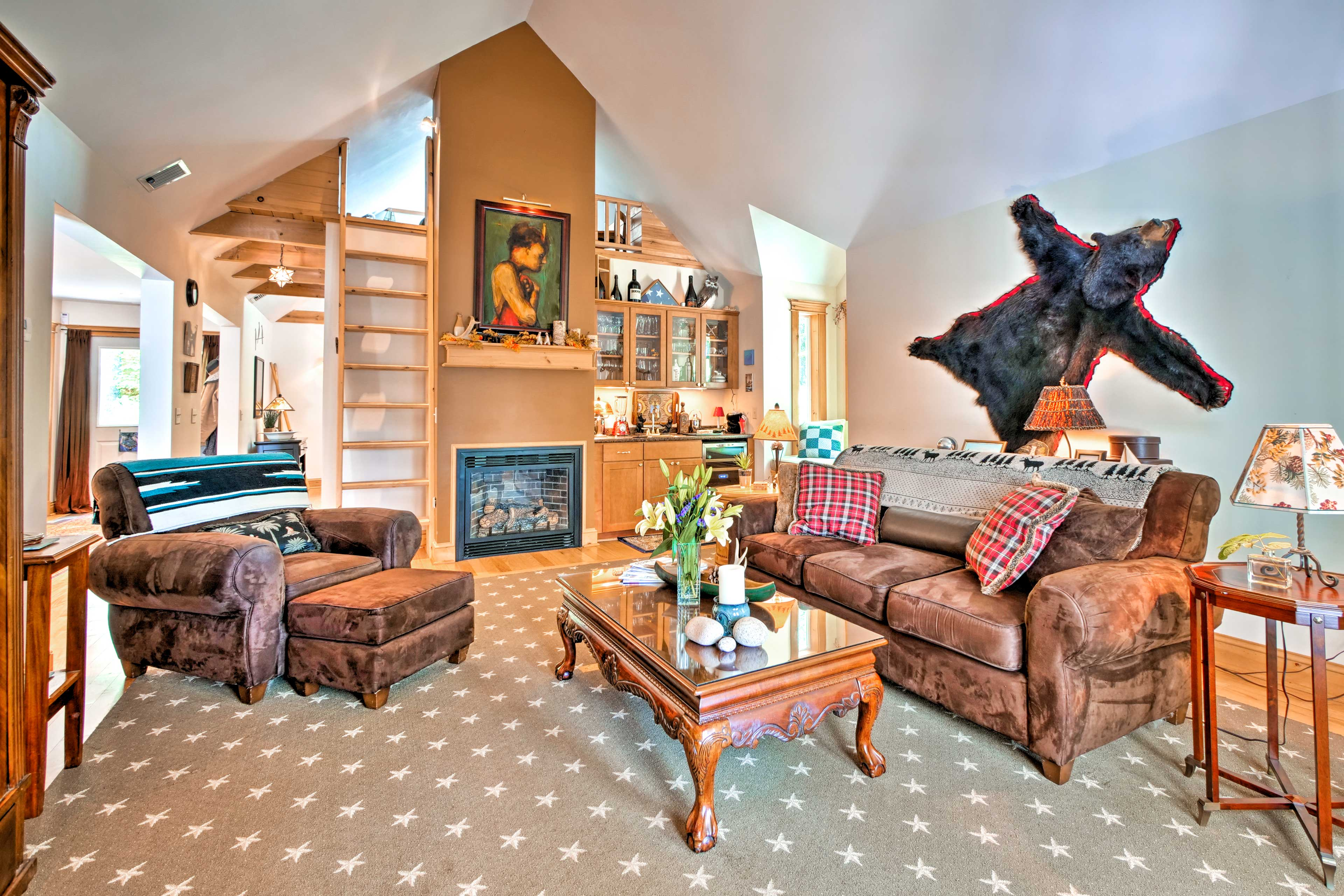 This vacation rental home sleeps 6 in beds and is perfect for a family!