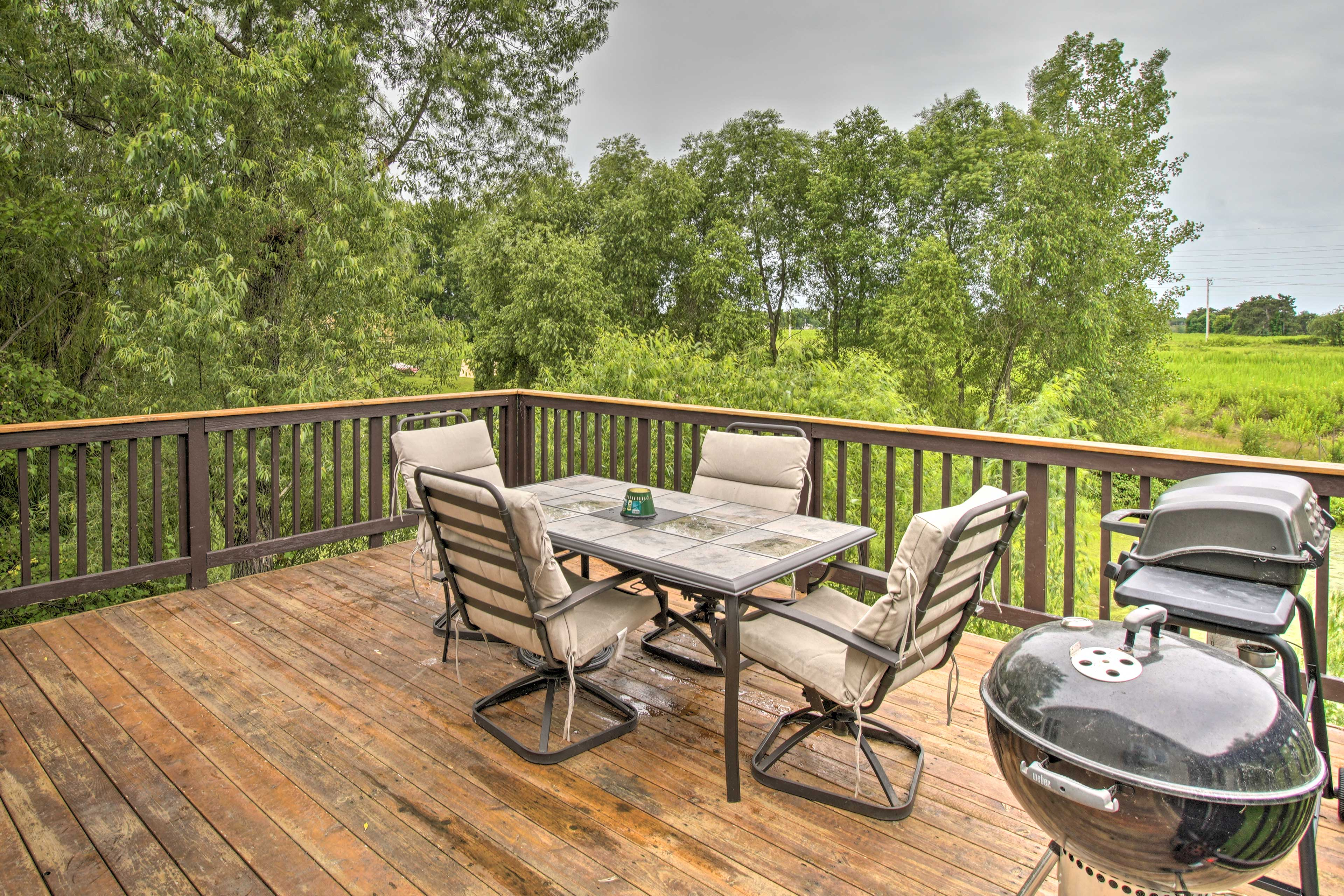 Enjoy a trip to Hugo with  group of 8 to this vacation rental house.