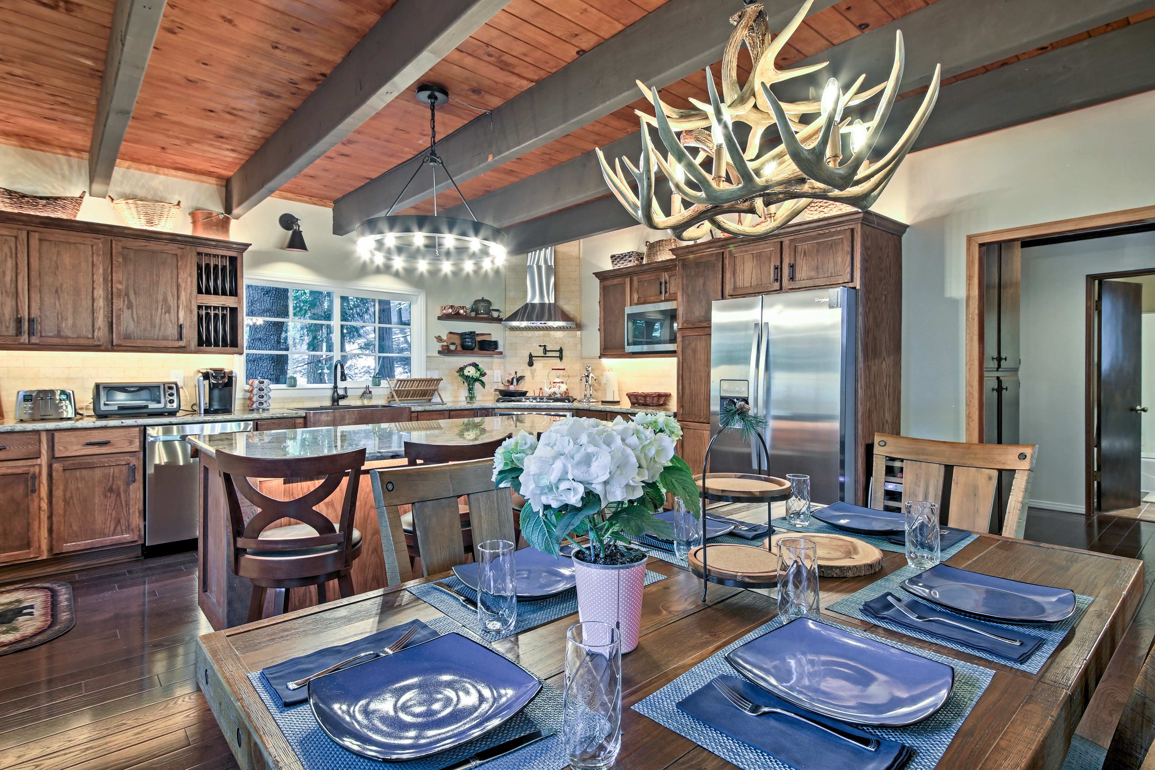 Modern elegance and rustic decor blend to create the perfect mountain escape.