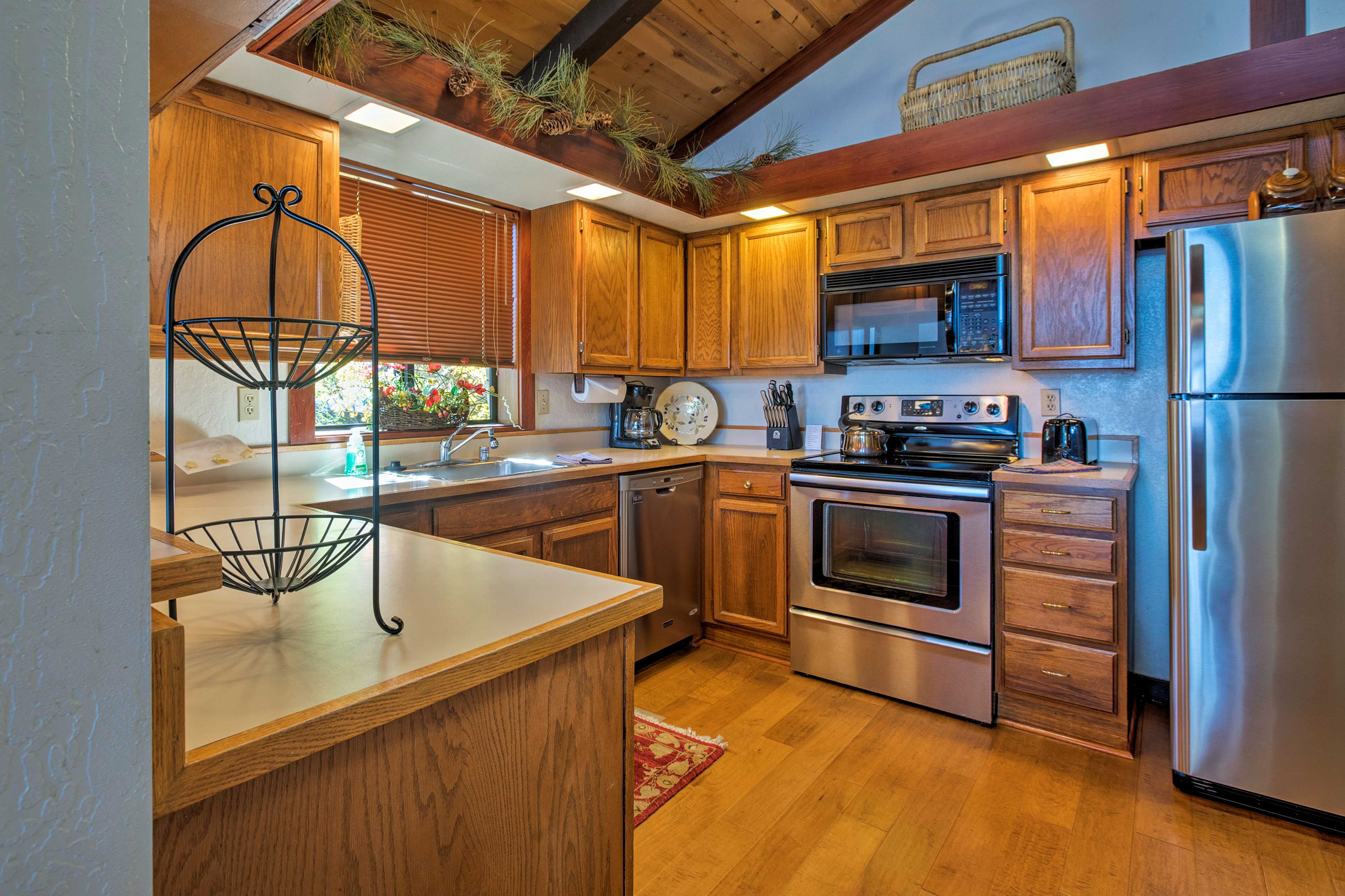 This kitchen comes fully equipped and includes stainless steel appliances!