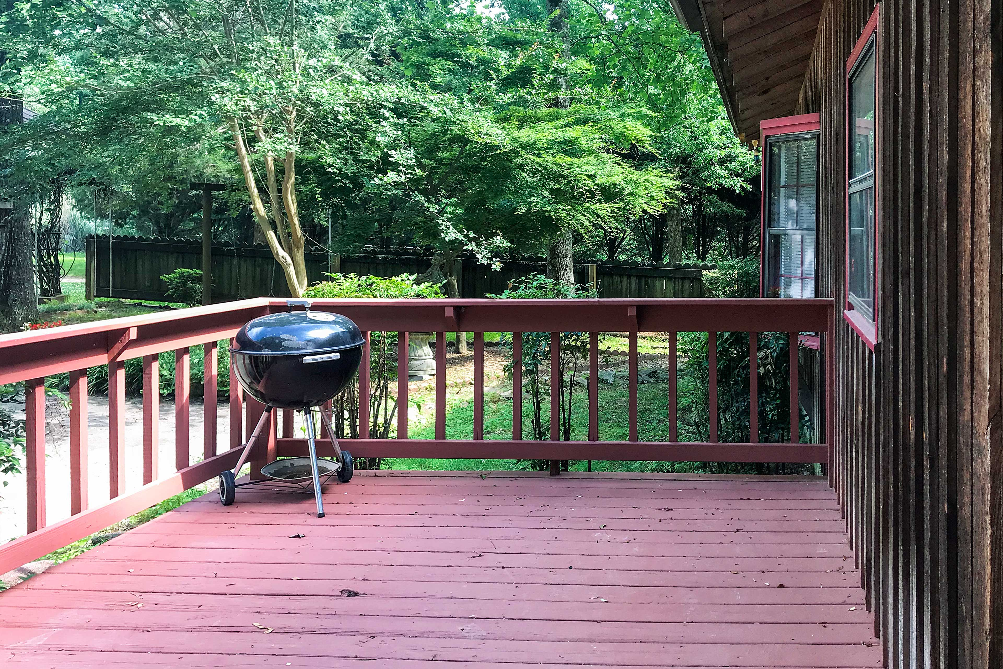 Whip up some burgers on the patio's gas grill!