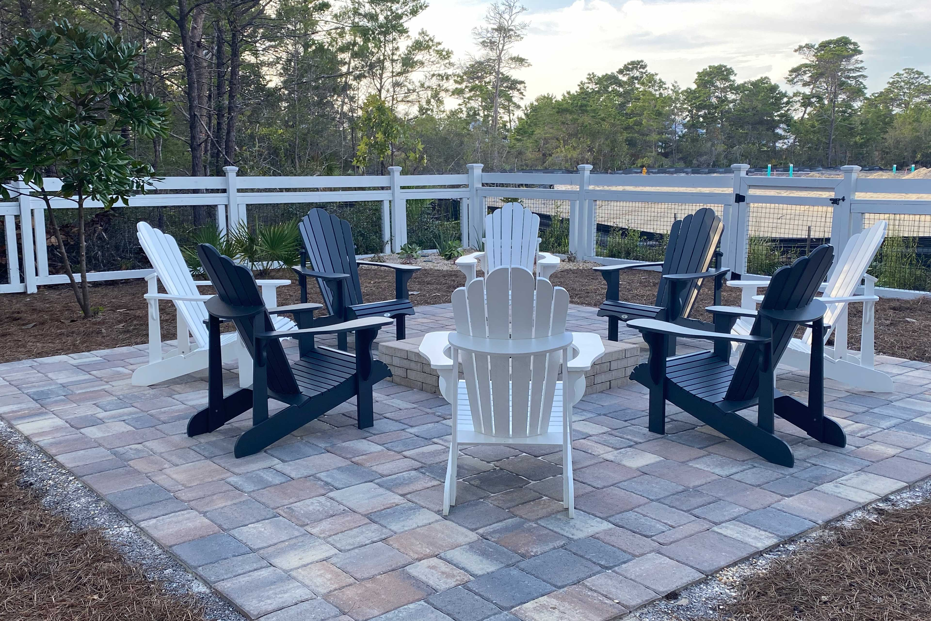 Enjoy the balmy Sunshine State weather from the comfort of your fenced backyard.