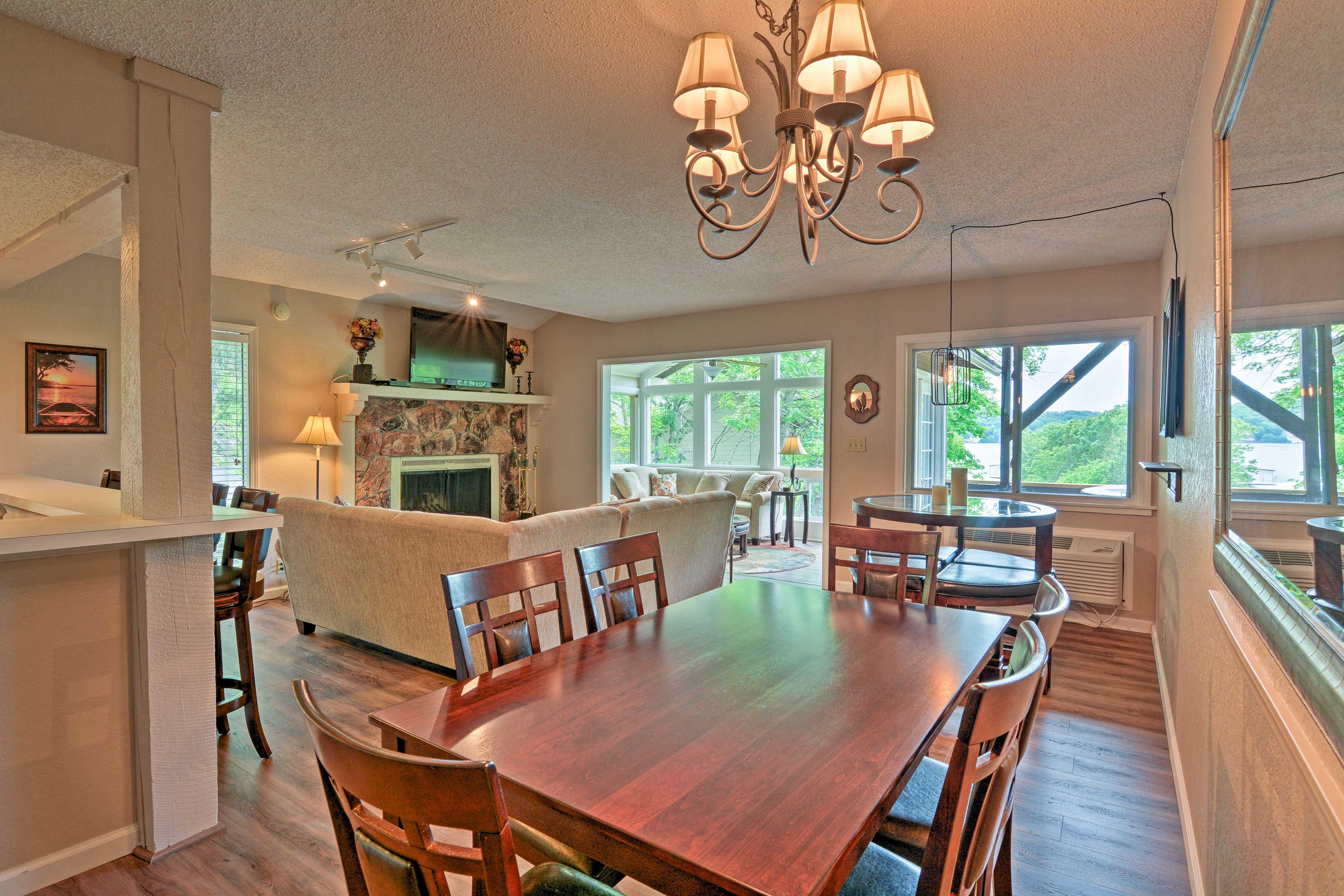 Dining Room | Dishware & Flatware
