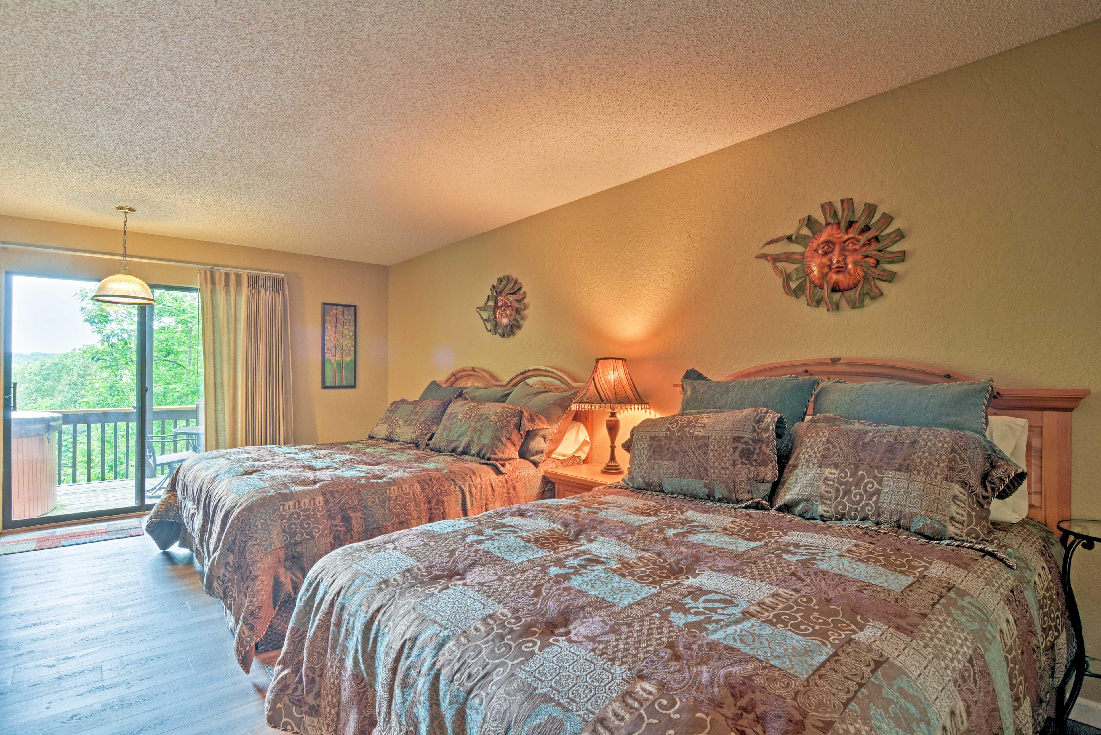 Bedroom 3 | King Bed | Queen Bed