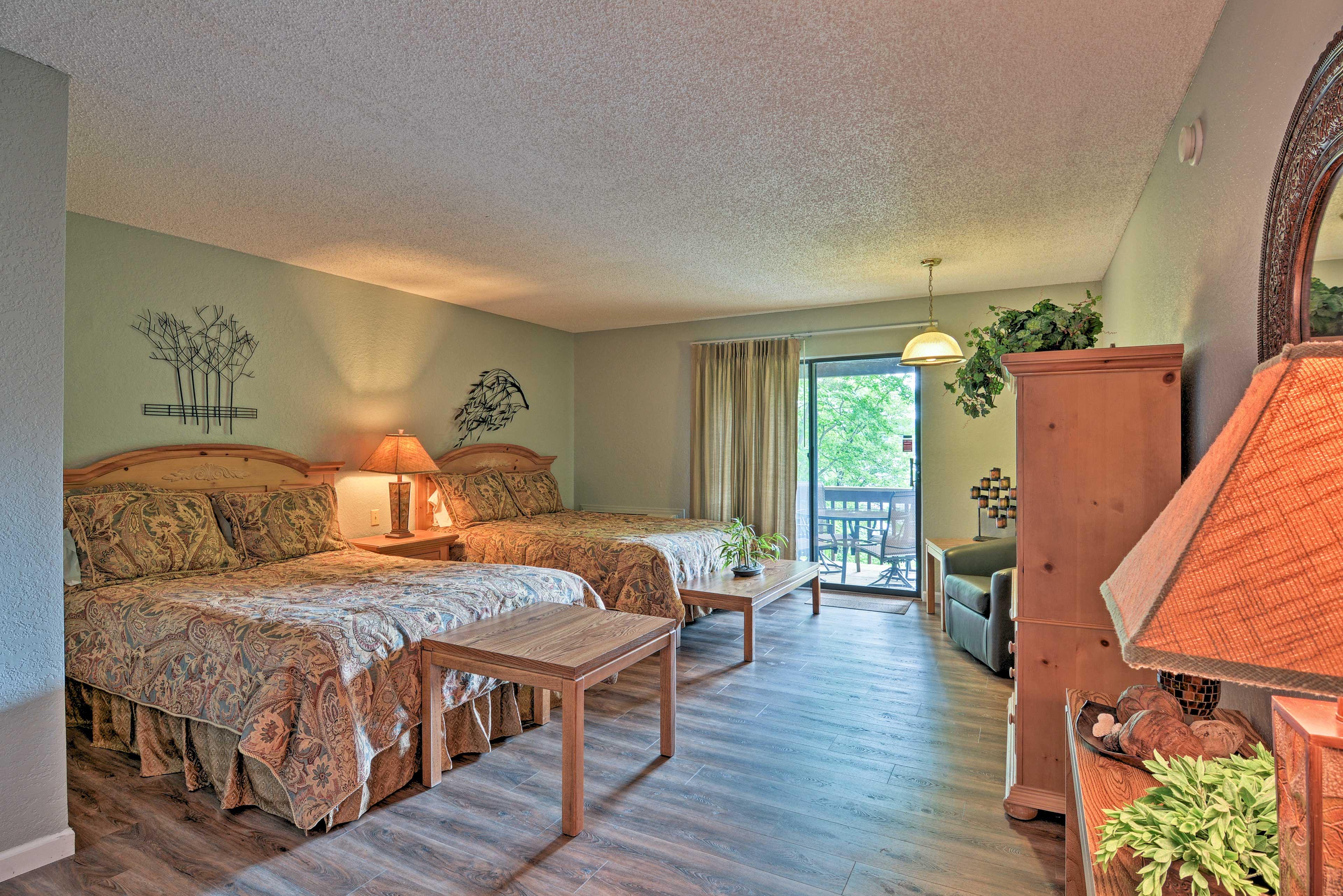 Bedroom 4 | 2 Queen Beds