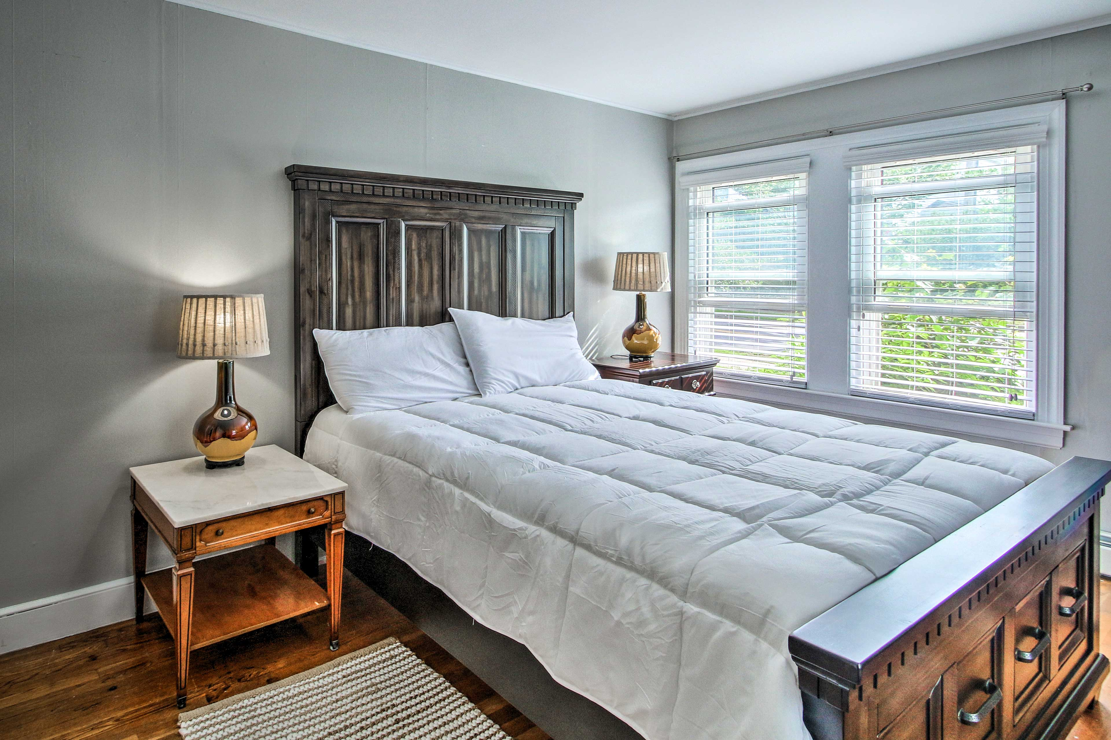 There are a total of 5 bedrooms in this home - the fourth room has a queen bed.