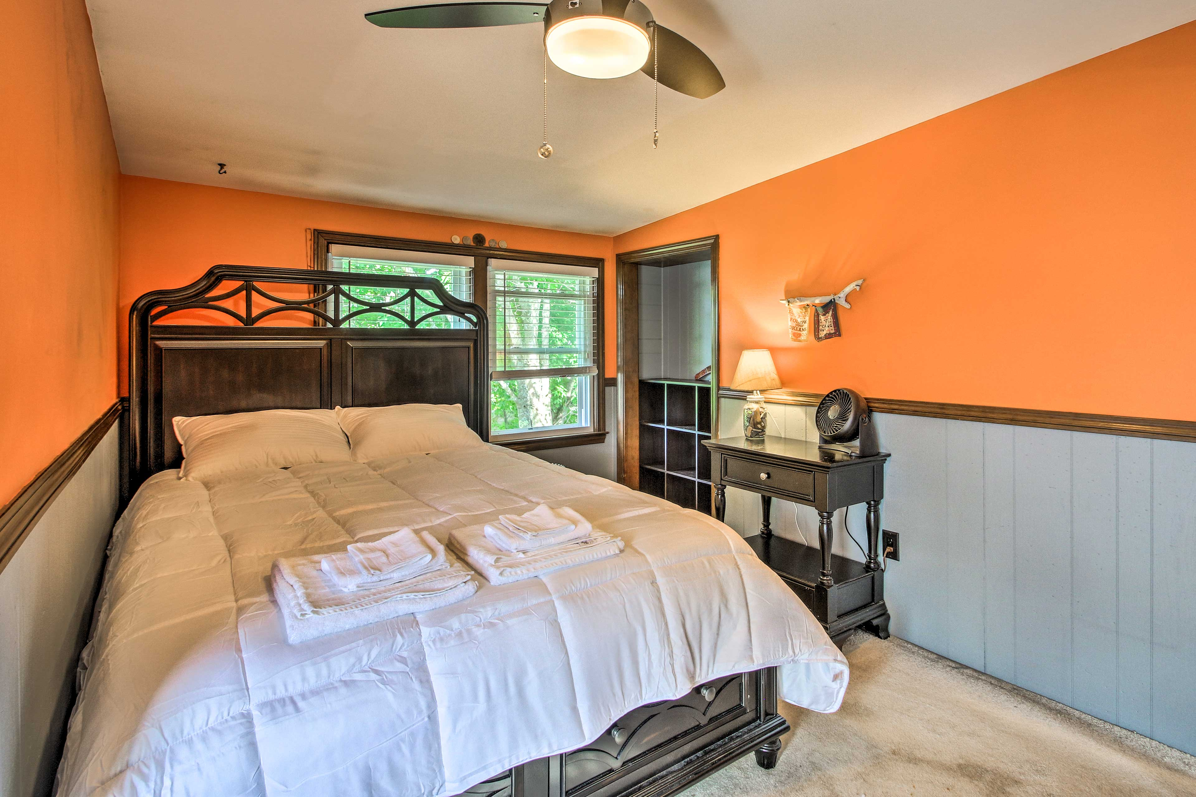 The fifth bedroom also has a cloud-like queen bed for guests to enjoy.