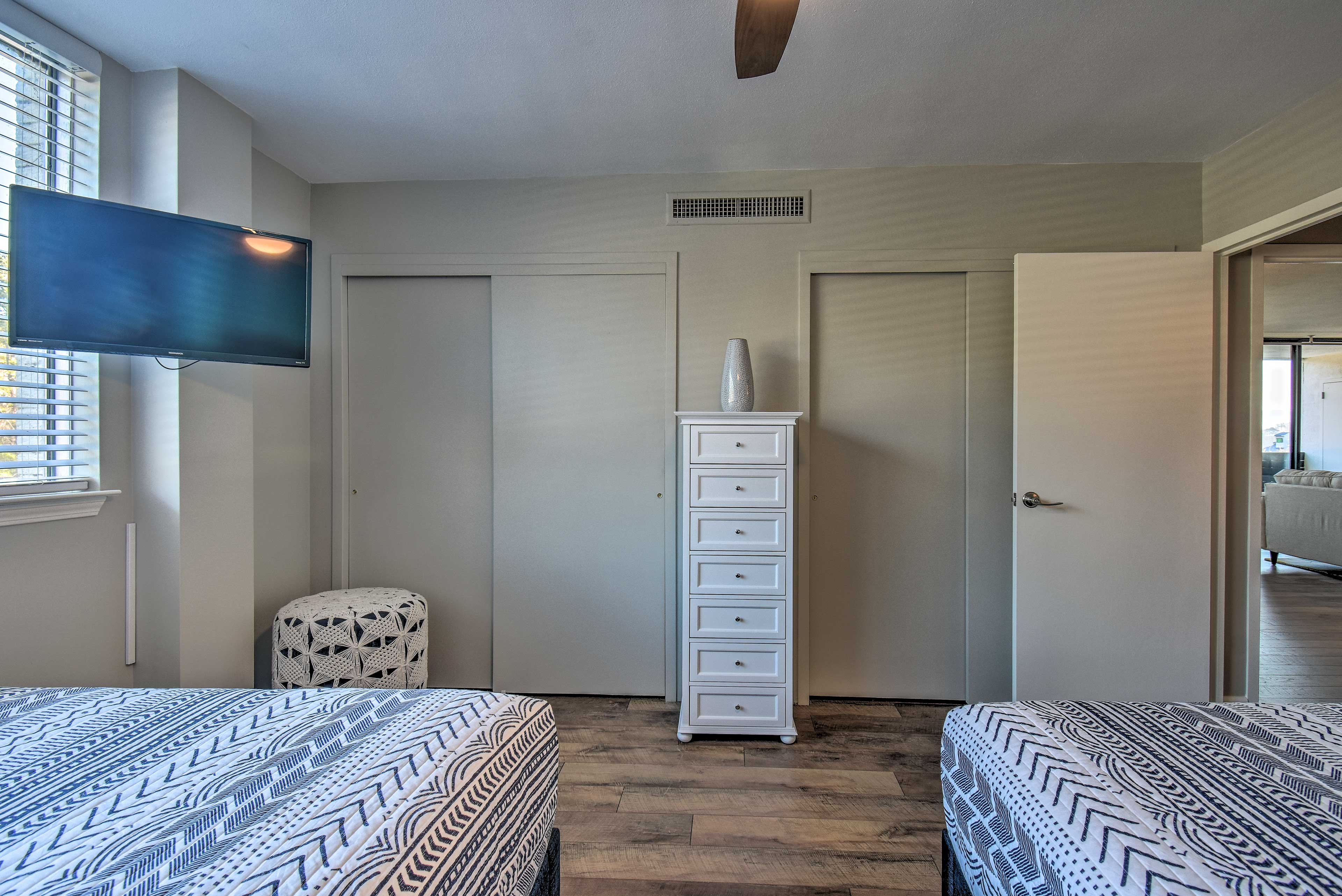This room also features a flat-screen cable TV.