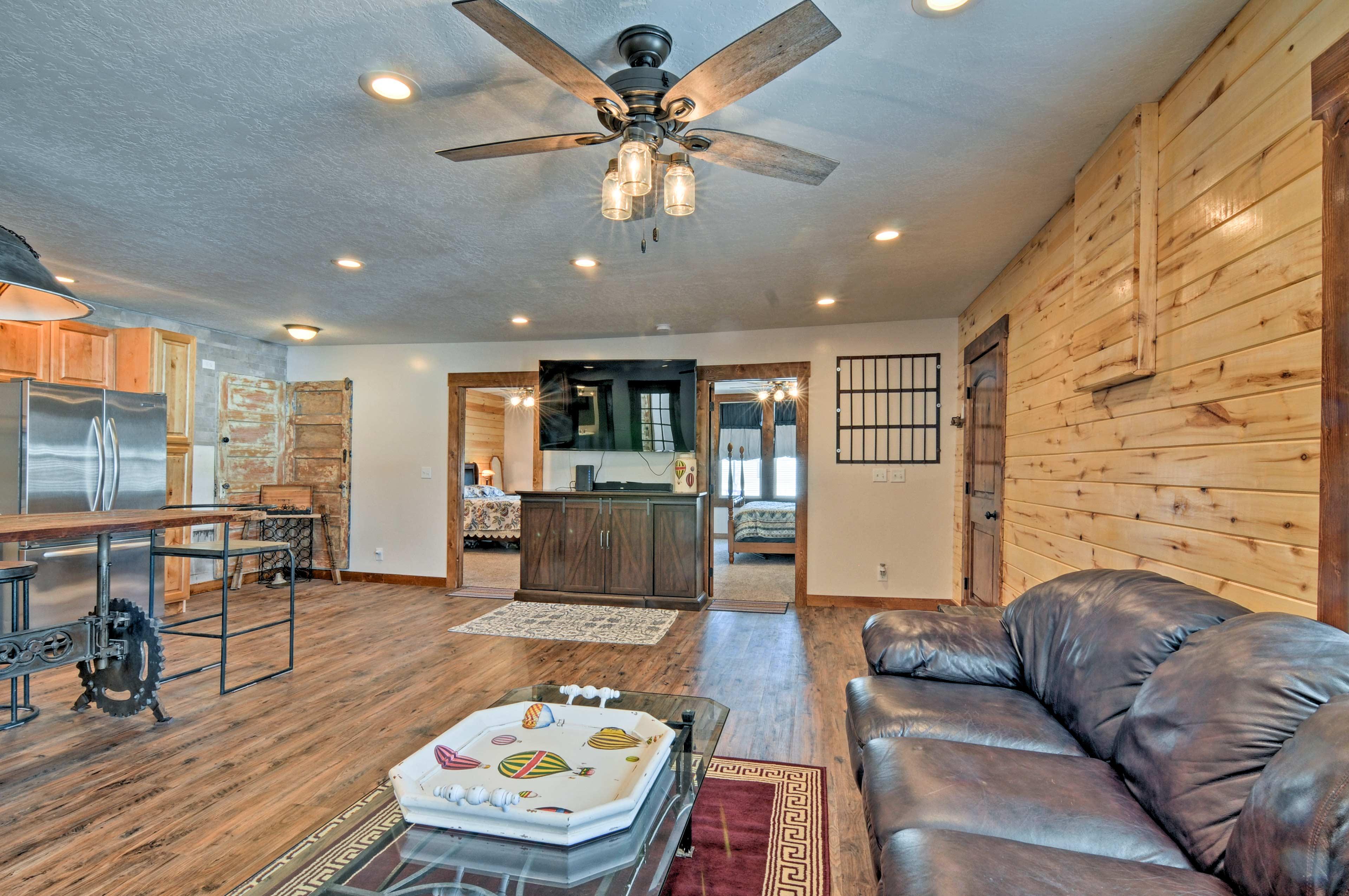 Living Room | 70-Inch Smart TV