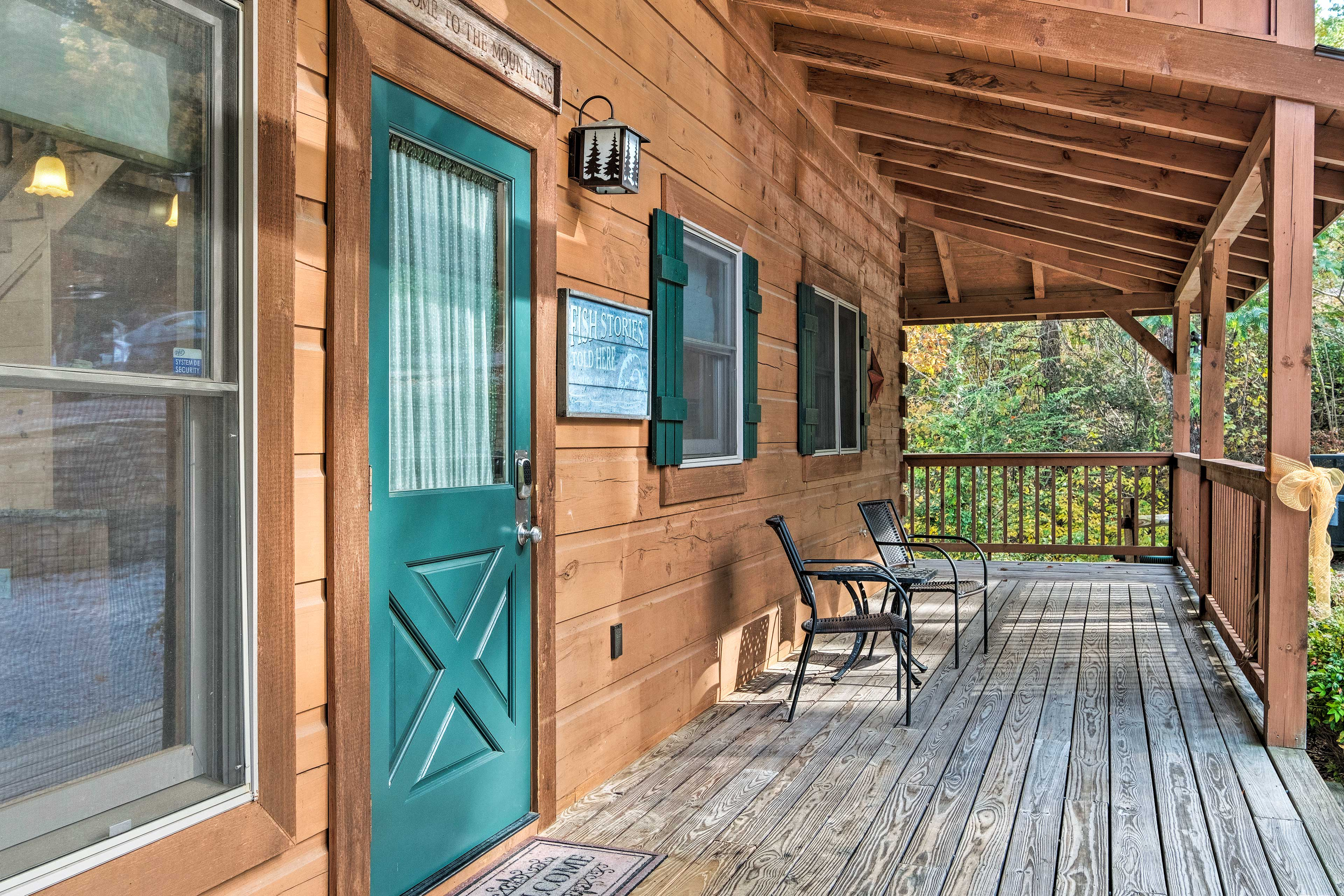 Sip coffee on the spacious deck breathing in the fresh mountain air.