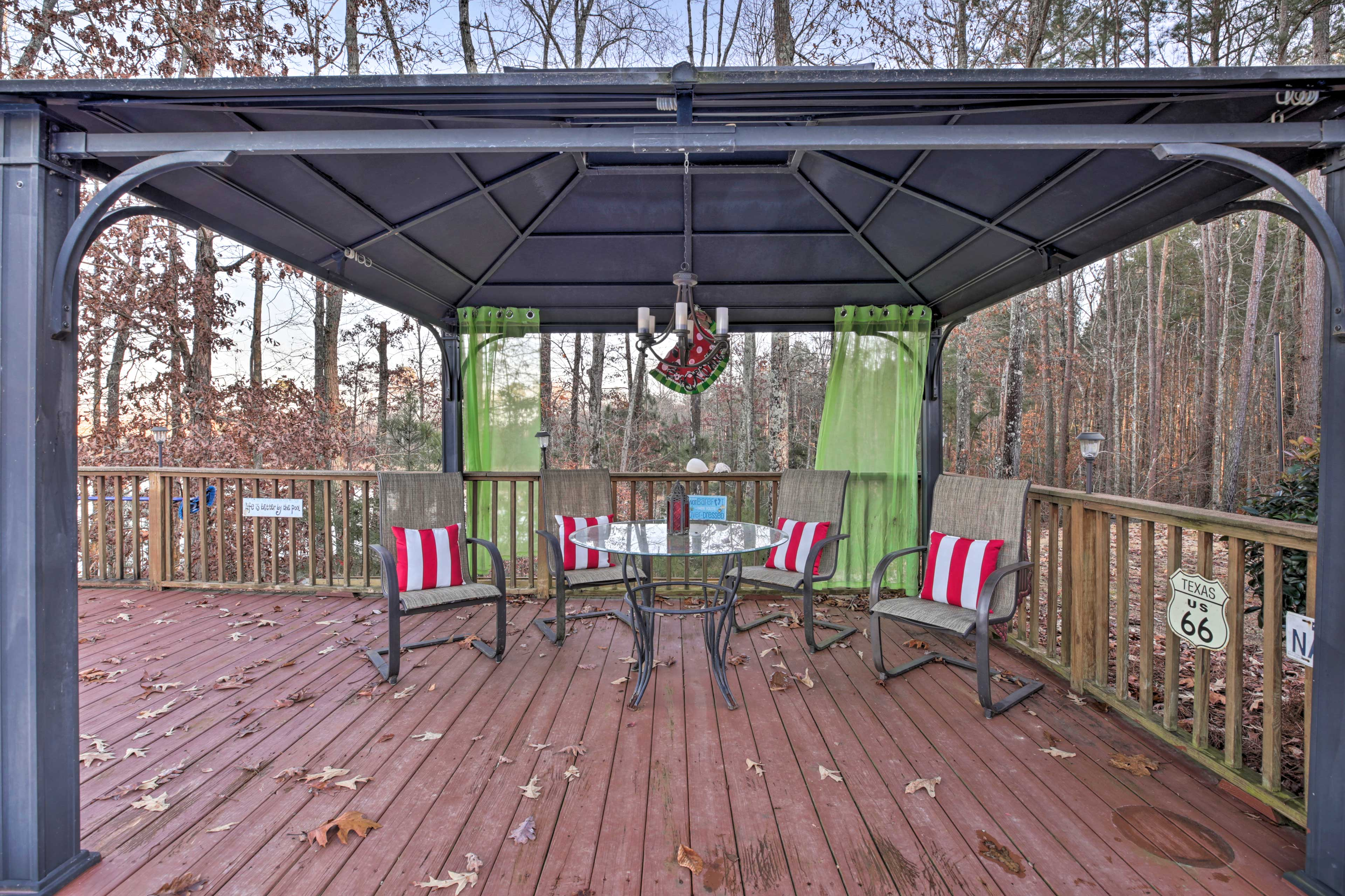 The gazebo is the perfect place to sip an evening cocktail.