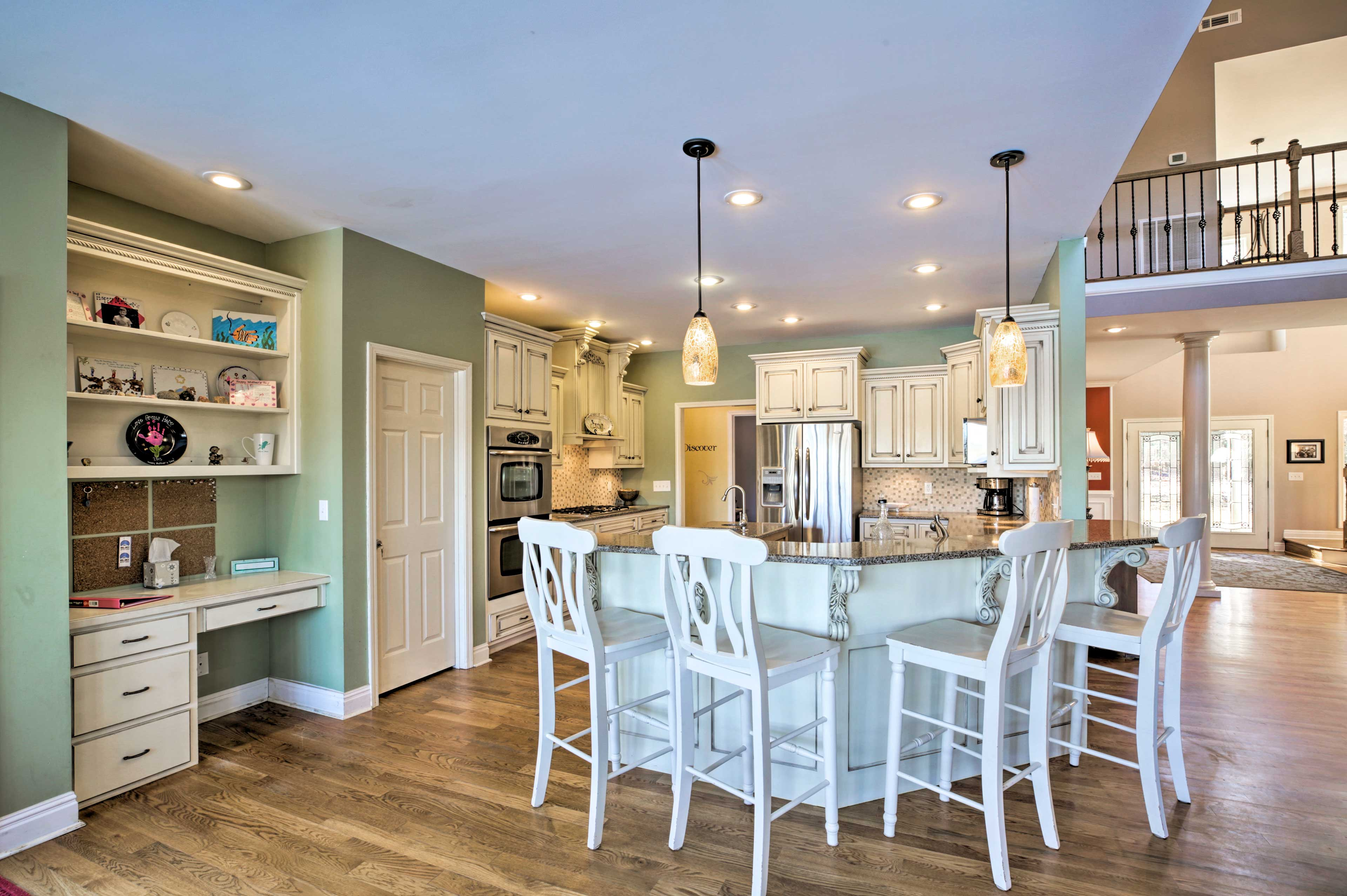 The kitchen area is sure to please every cook!