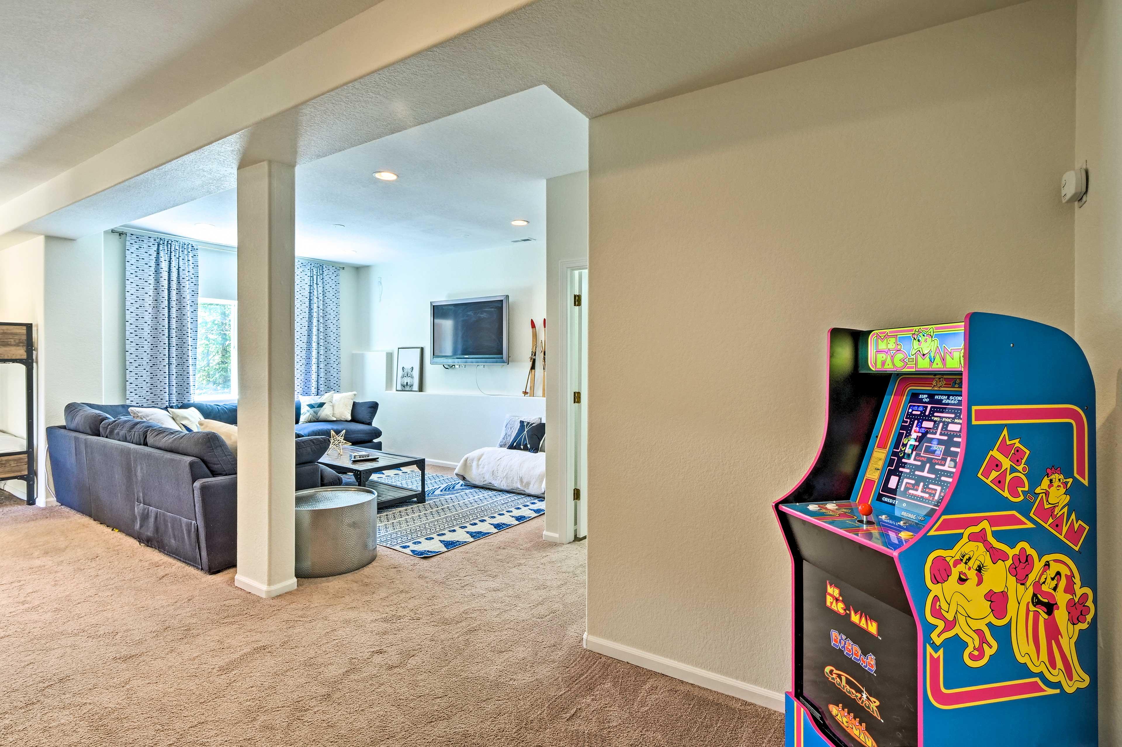 Lower-Level Living Room   Ms. Pac Man Arcade Machine