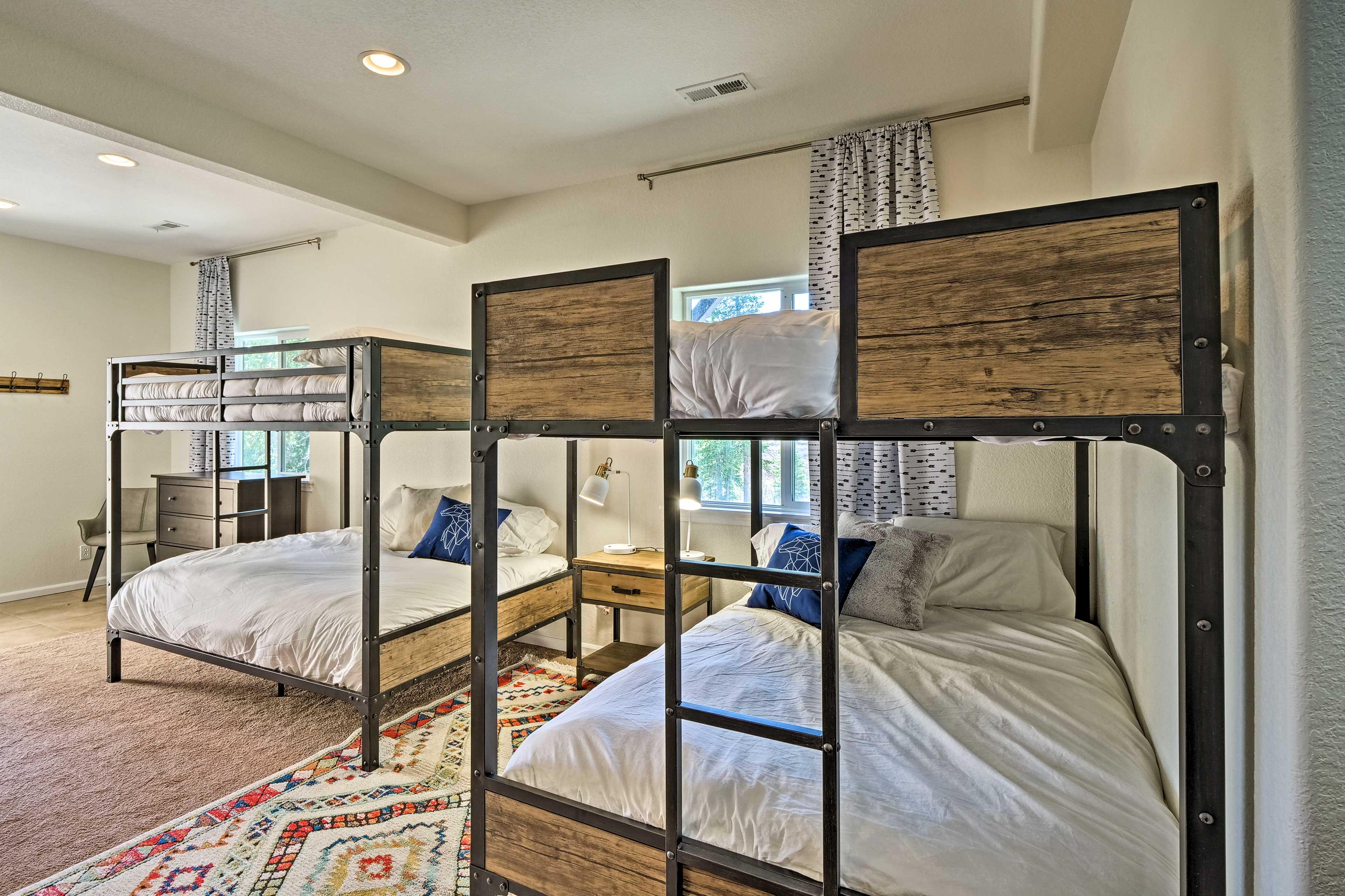 Bedroom 3   Basement   2 Full Bunk Beds