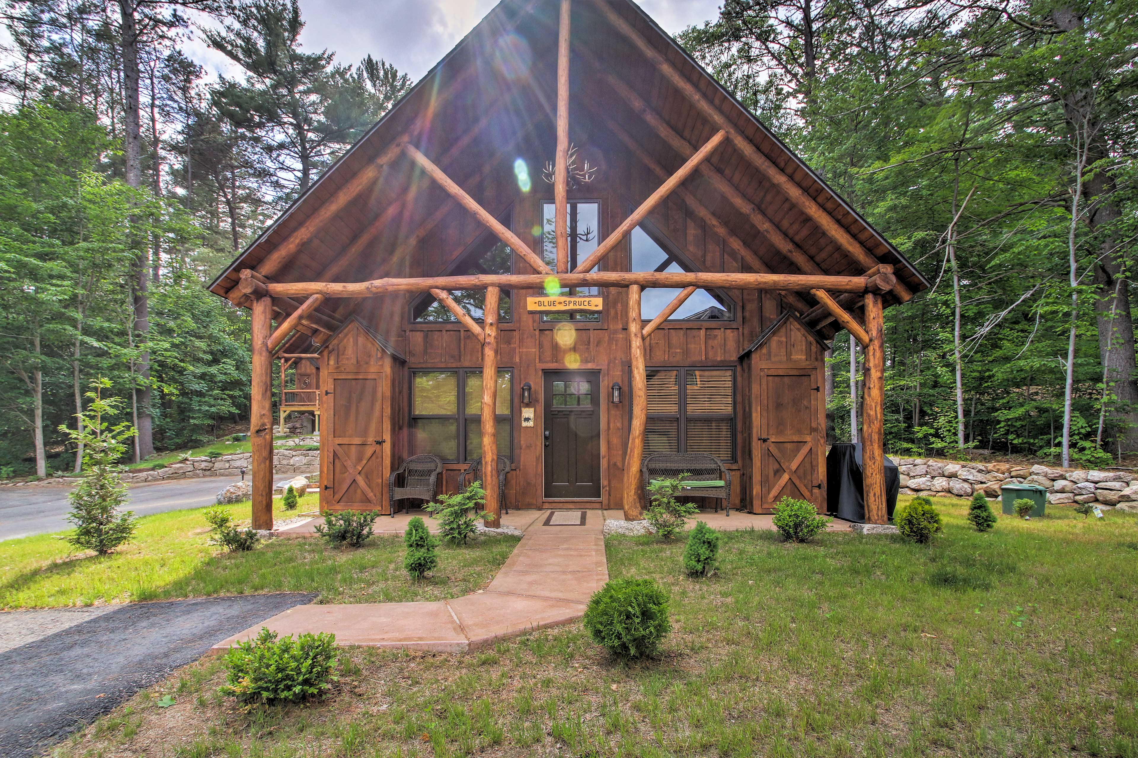 Plan your next mountain getaway to this 3-bed, 2-bath vacation rental house!