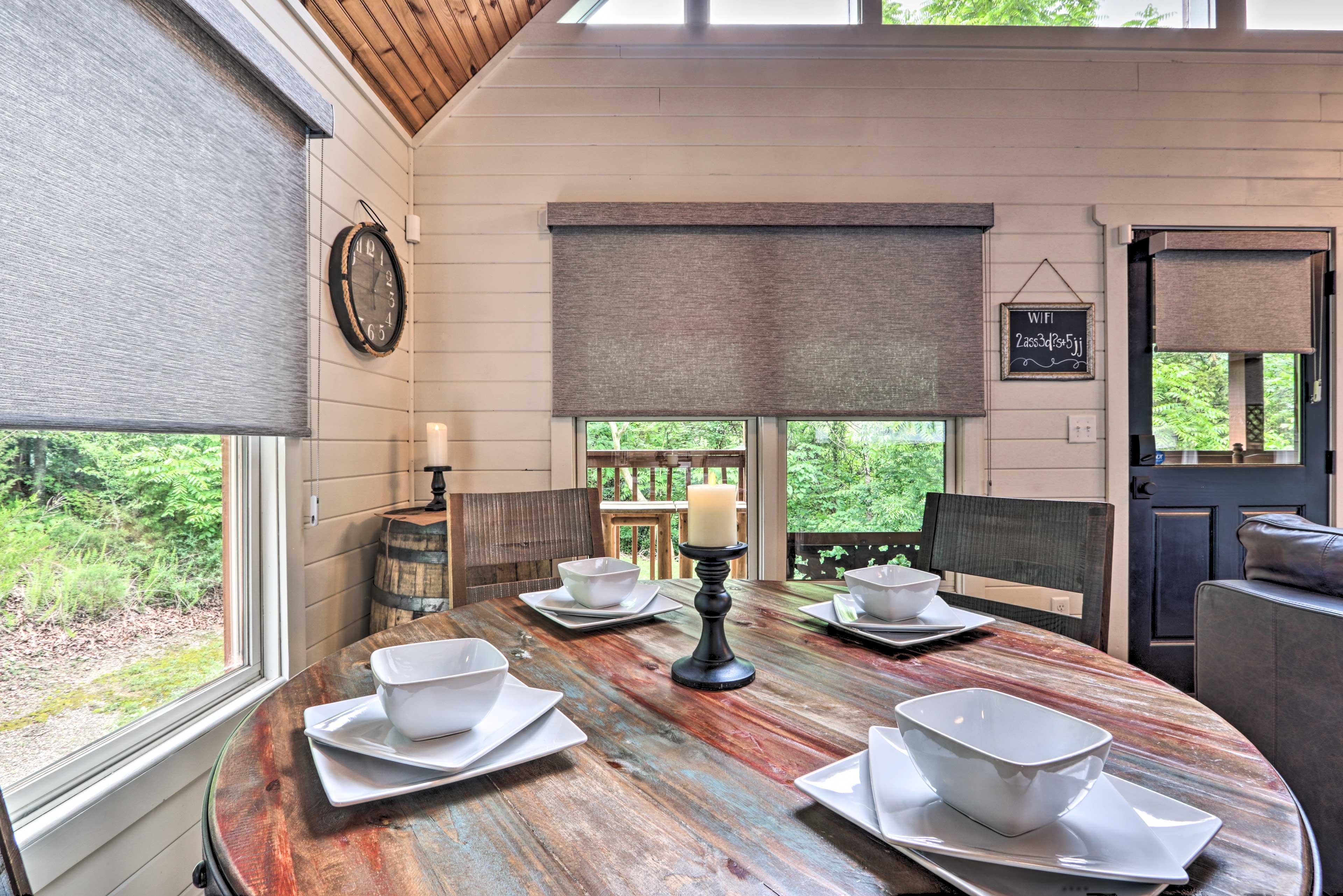 Dining Room   Dishware & Flatware
