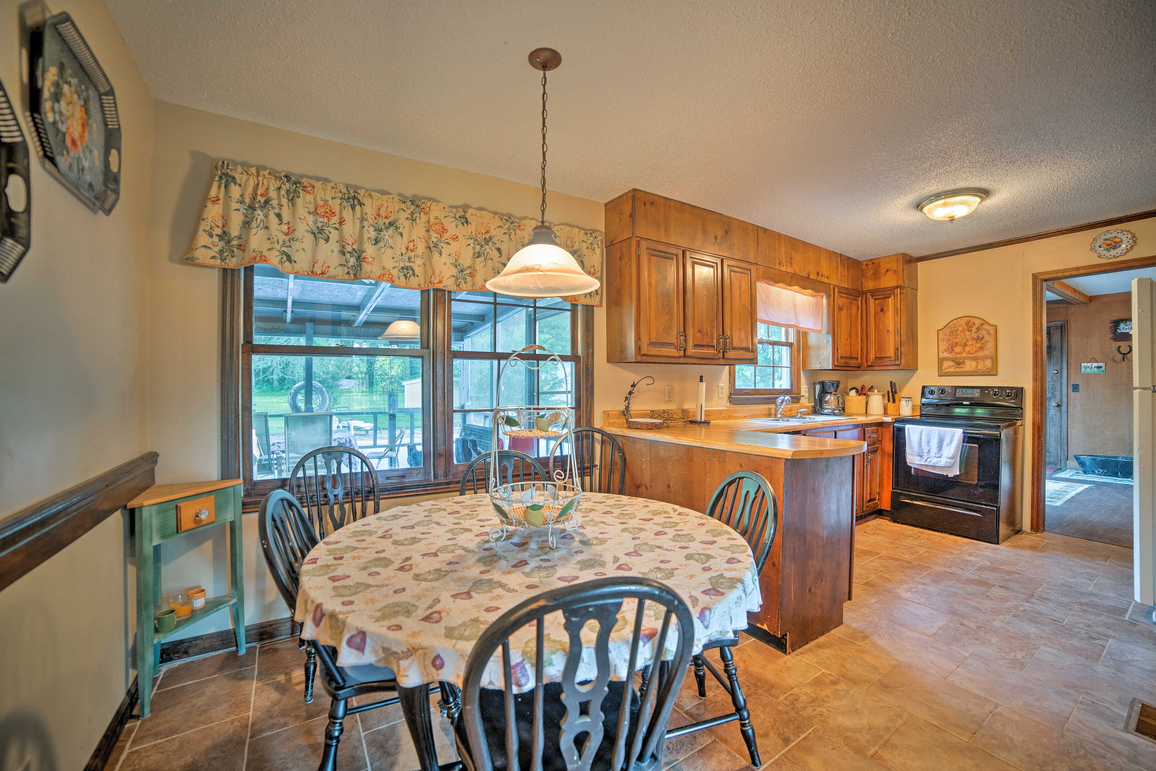 Enjoy your morning coffee at the 7-person kitchen dining table.