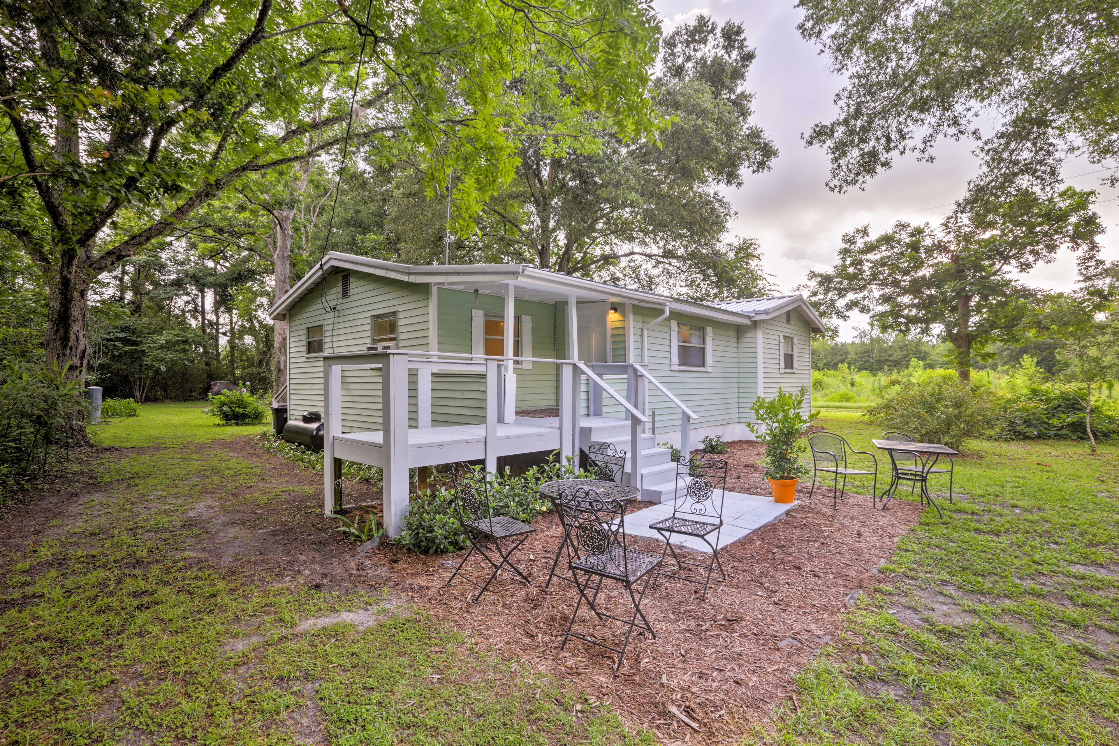Welcome to your 3BR, 1-bath O'Brien vacation rental home!