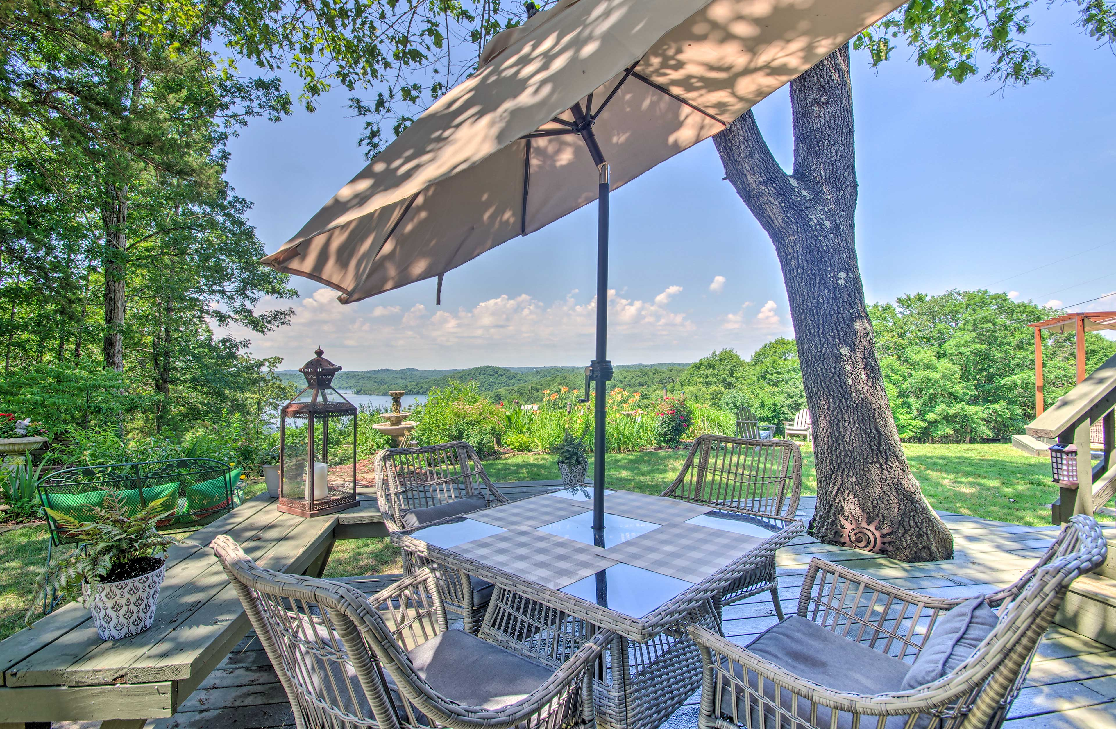This expansive outdoor space is sure to impress.