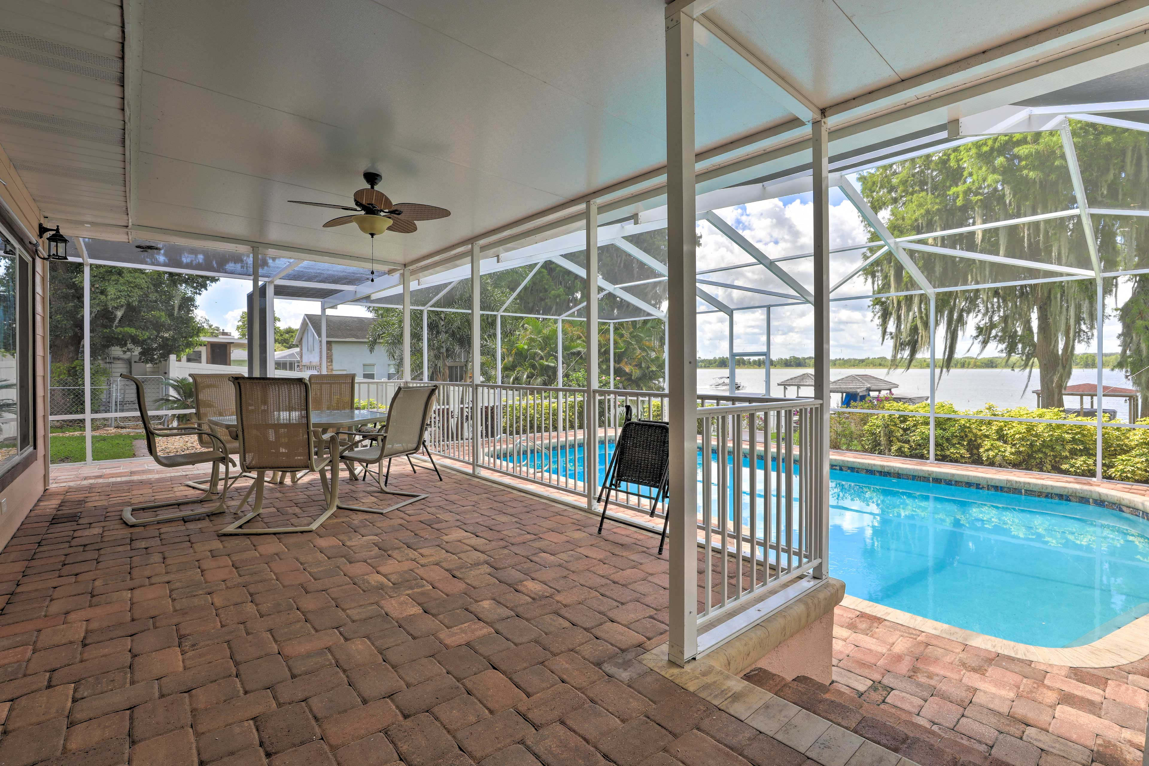Step onto the screened-in porch to dine al fresco.