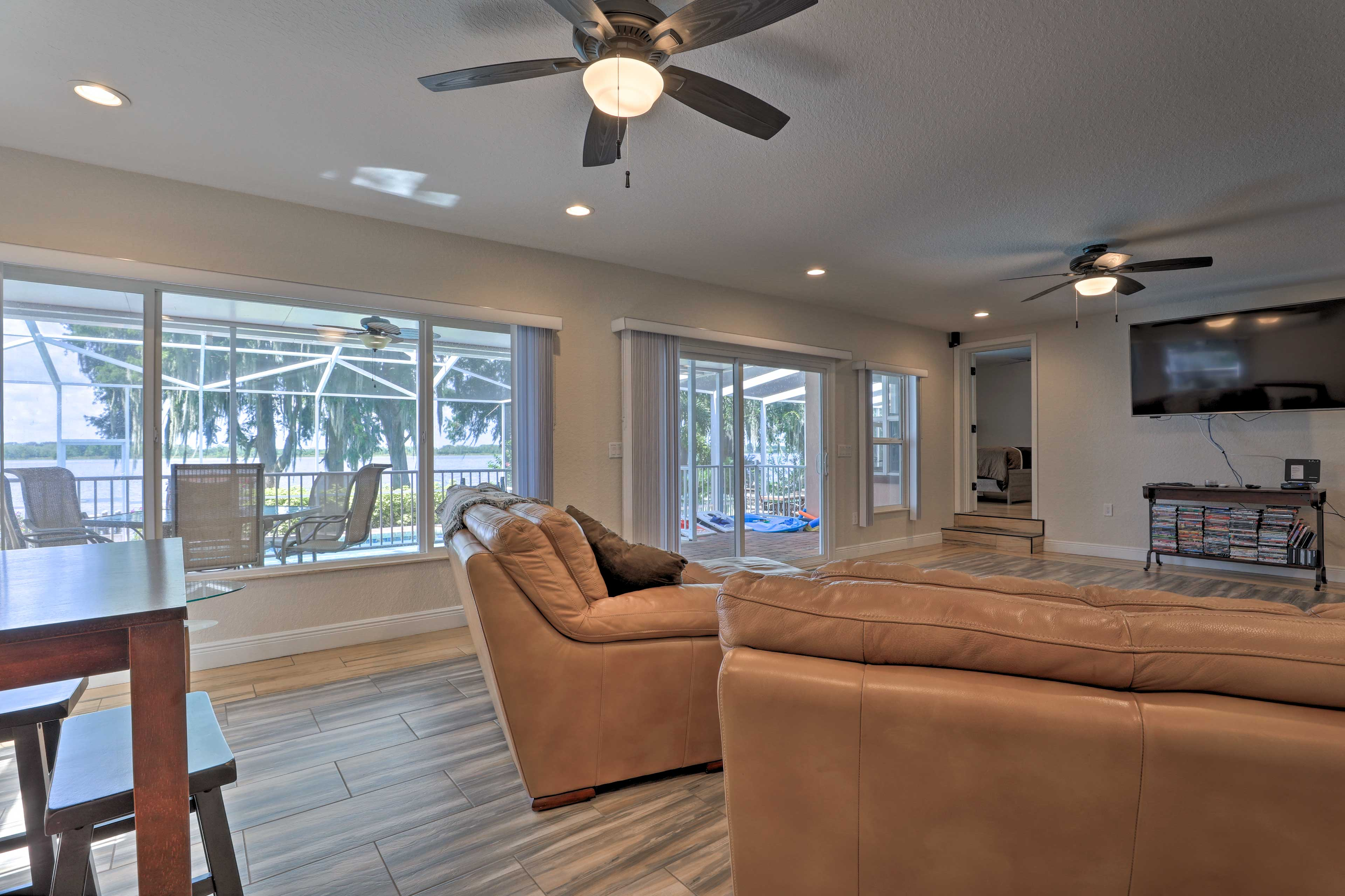 Sit in the living room and choose a movie to enjoy on the flat-screen TV!