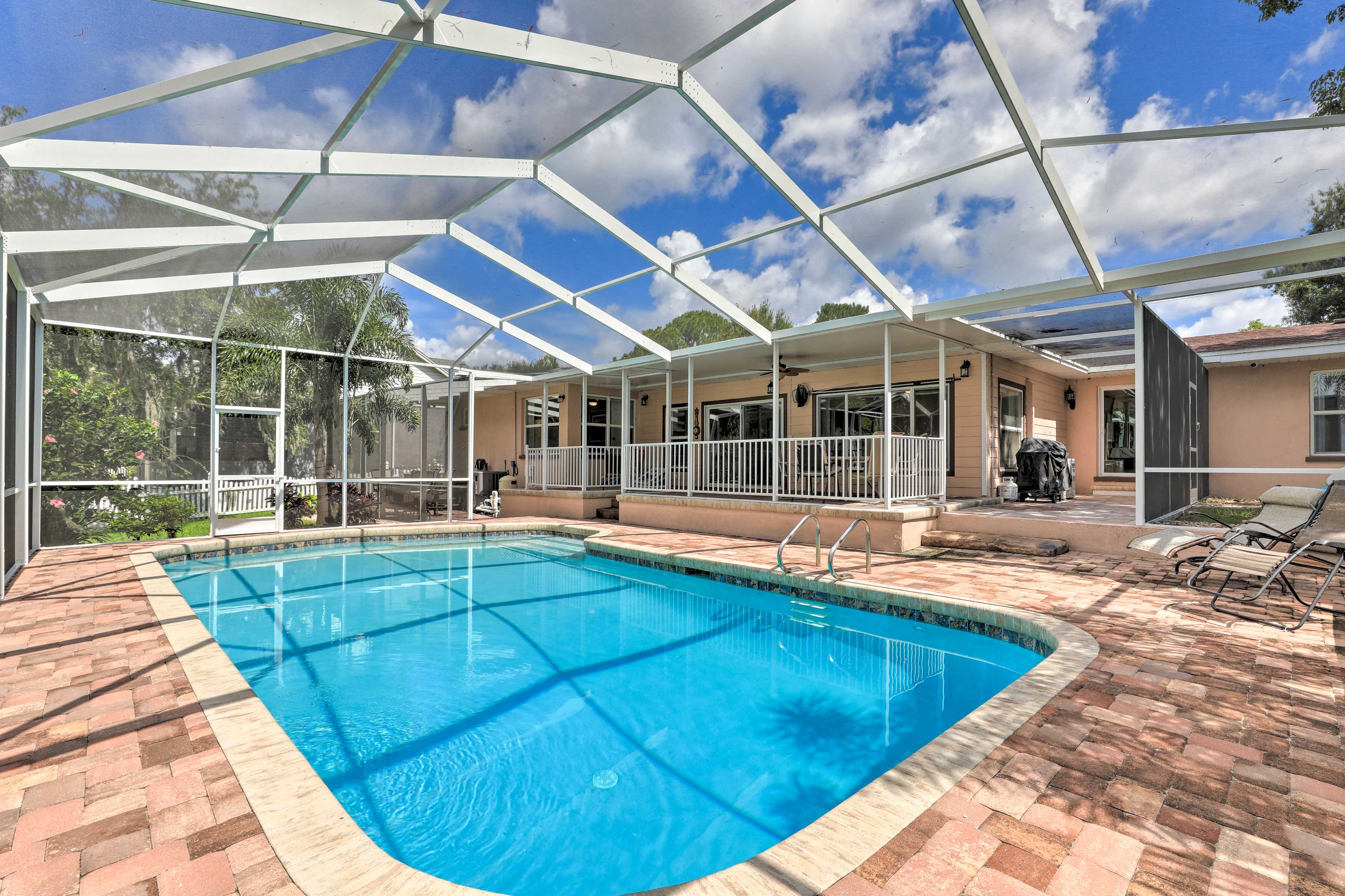 Experience the best of Florida at this waterfront Winter Haven vacation rental!