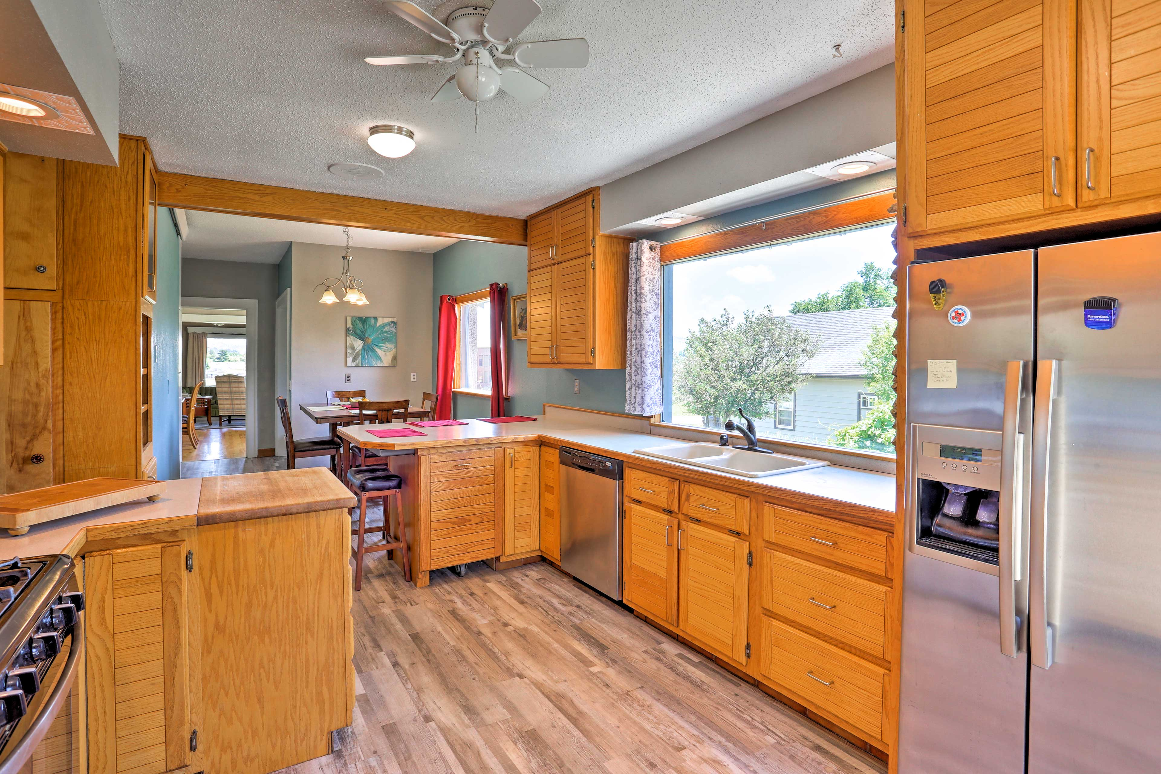 Ample counter space makes home cooking a breeze.