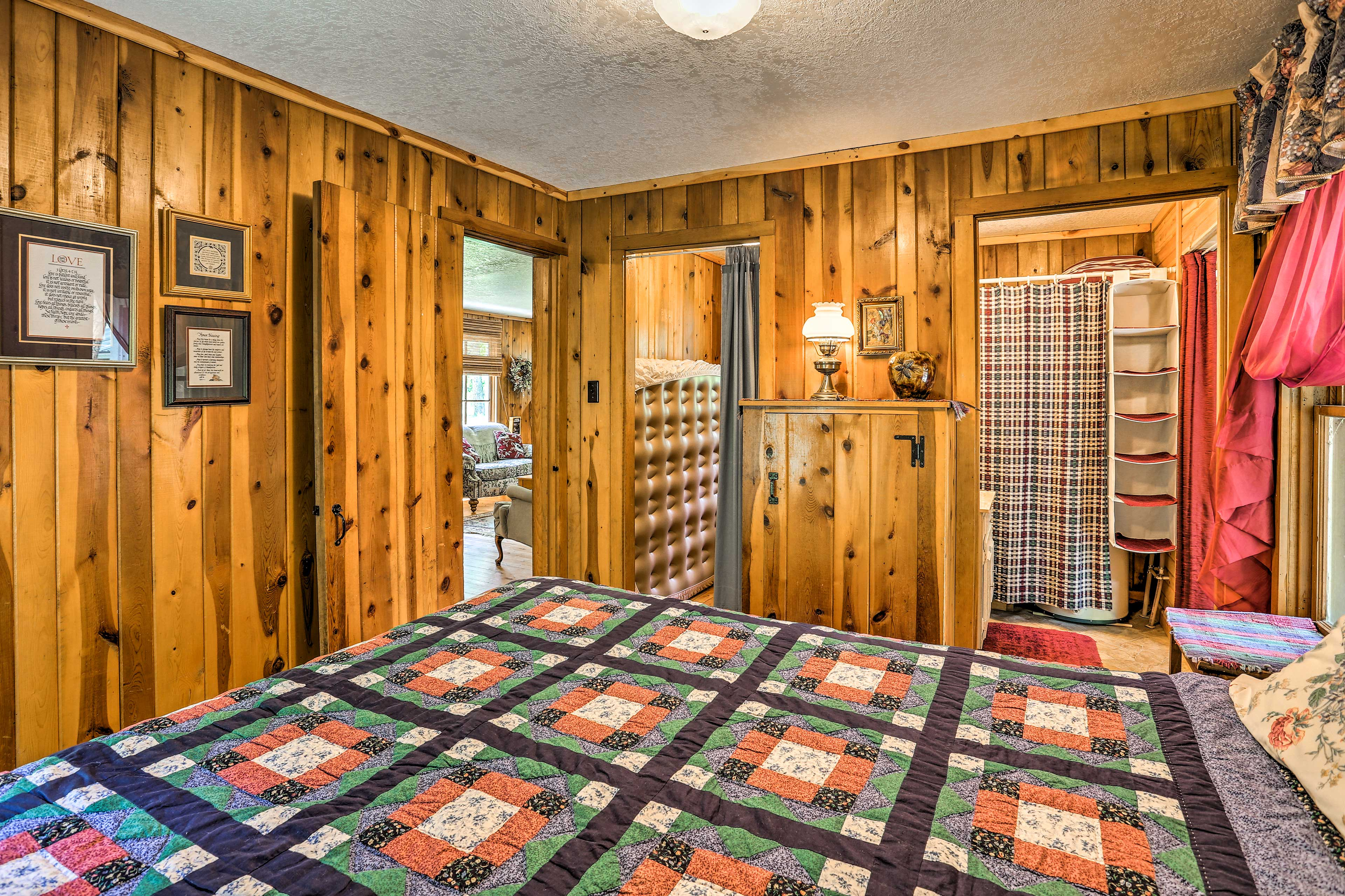 You'll feel well-rested after a night on this queen bed.