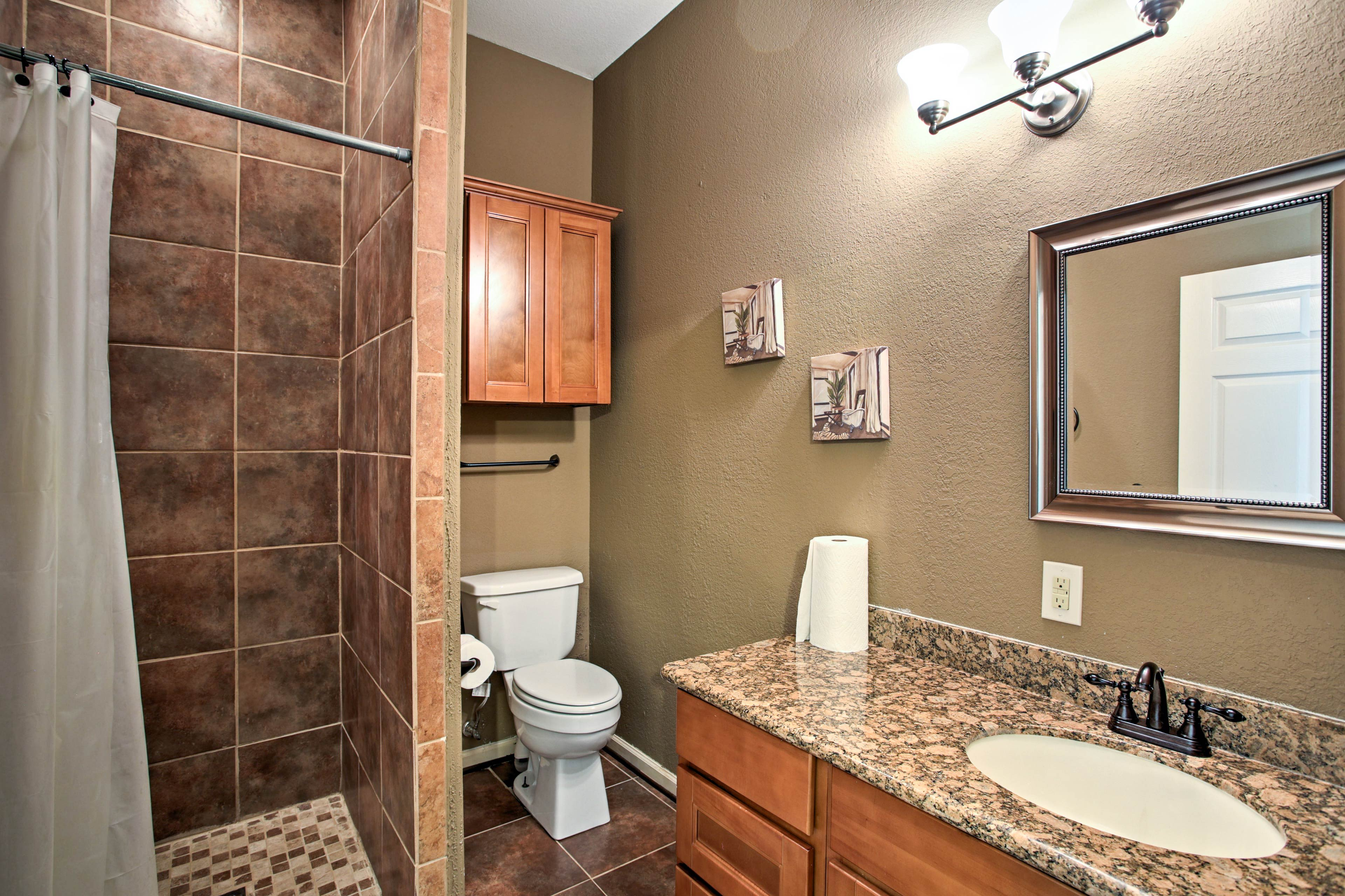 Easily stick with your morning routine with 4 full bathrooms to choose from.