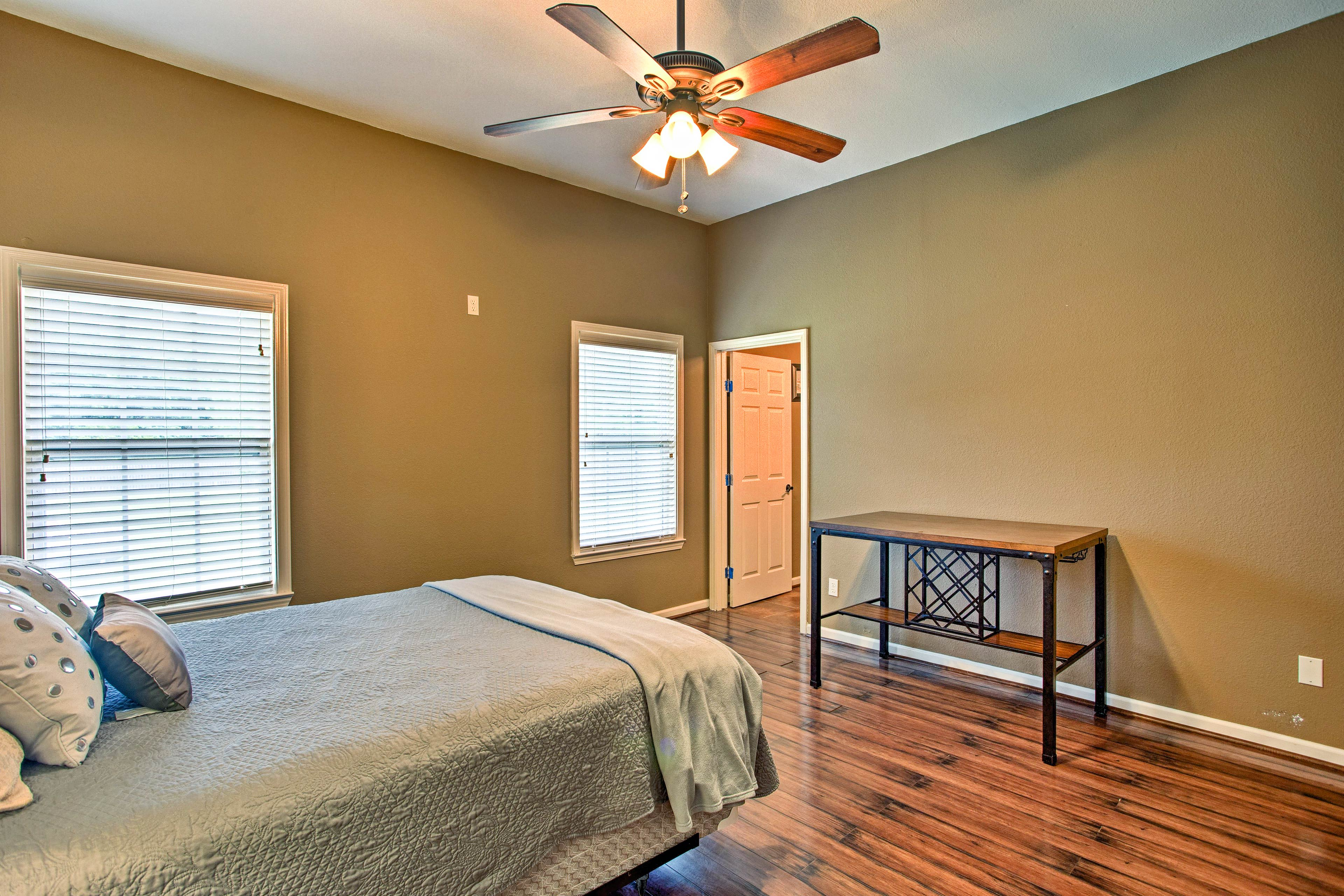 Go ahead and call this abode your Texas home-away-from-home!