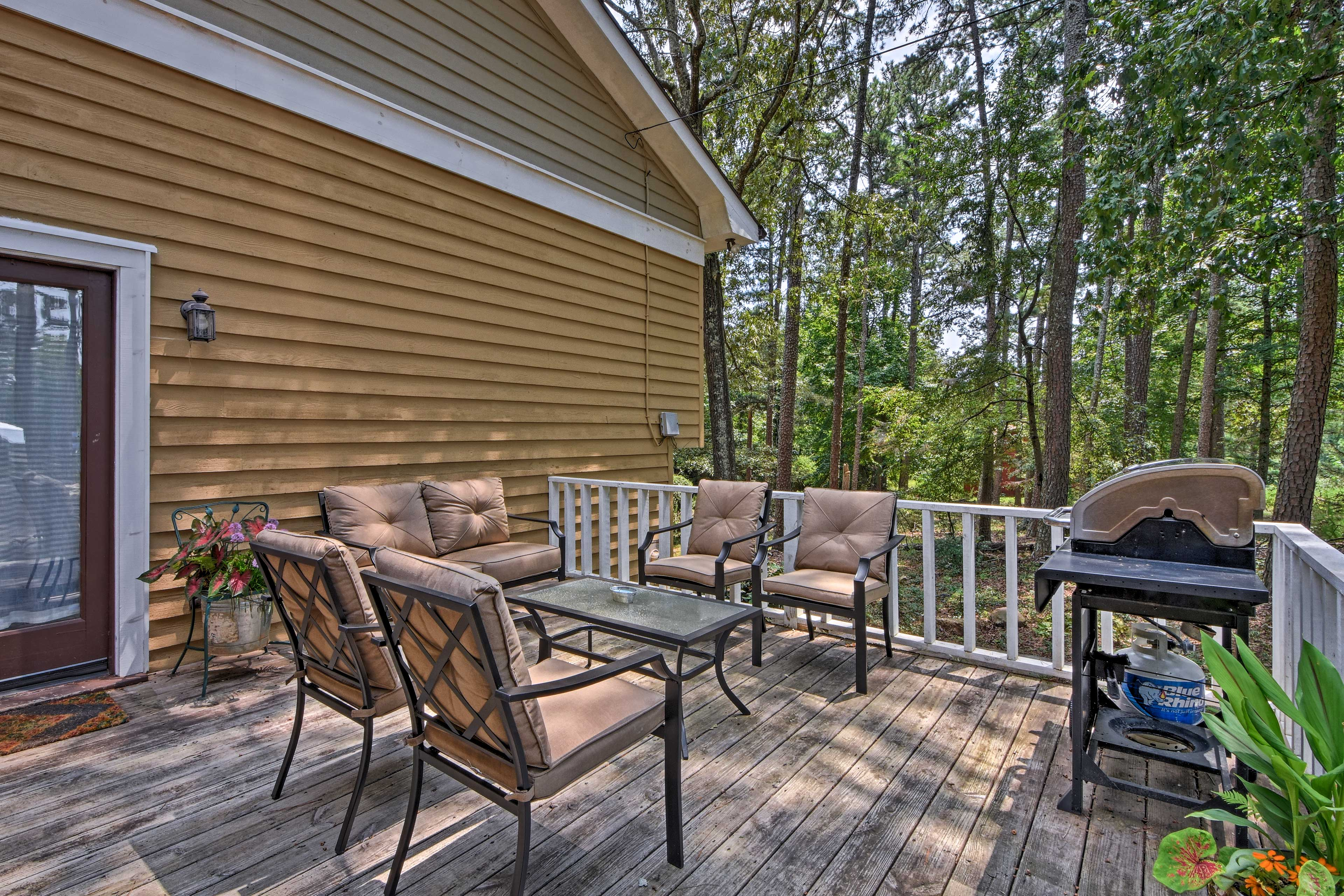 Host a family barbecue out on the deck using the gas grill.