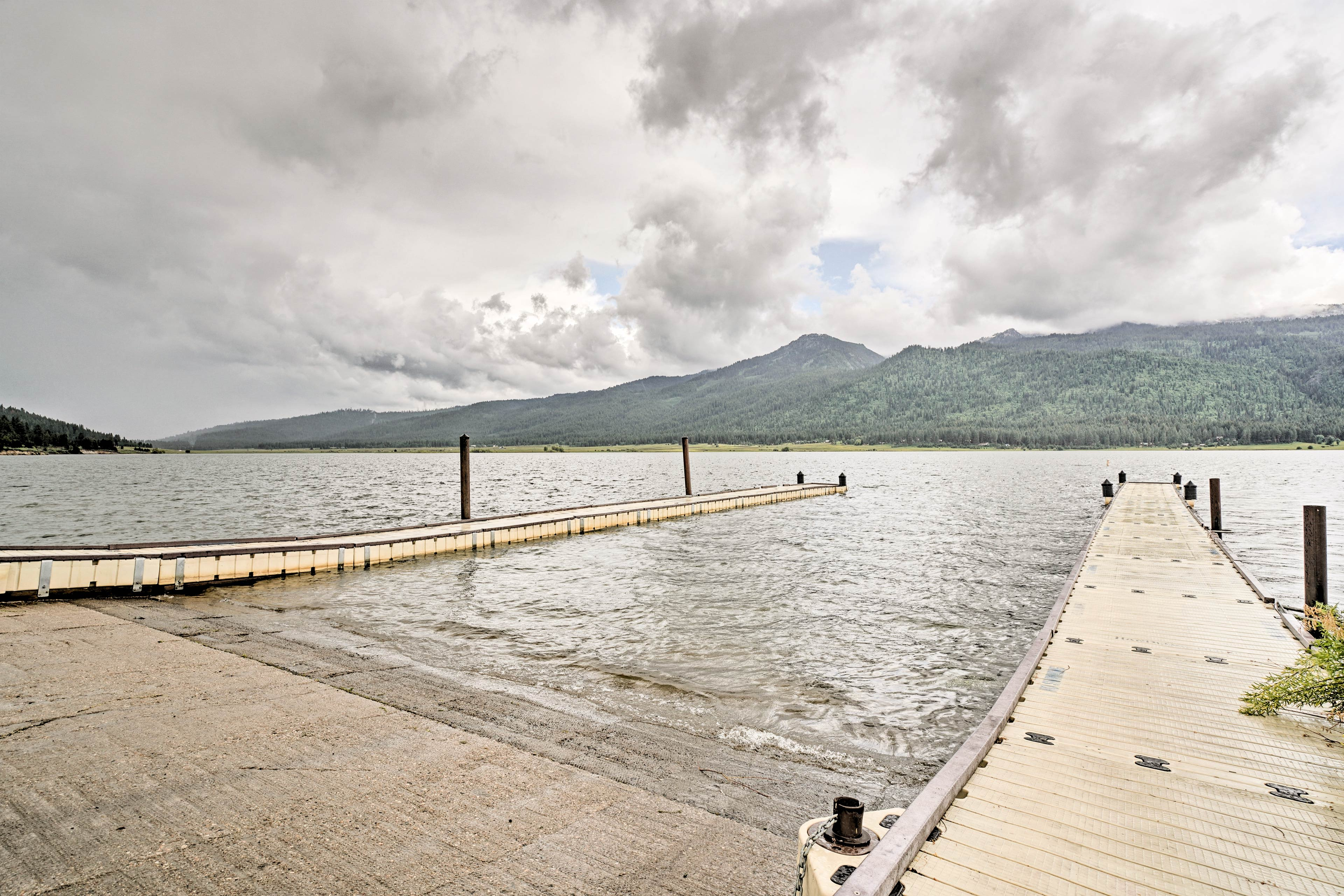 Bring along the boat to take full advantage of Lake Cascade's activities!