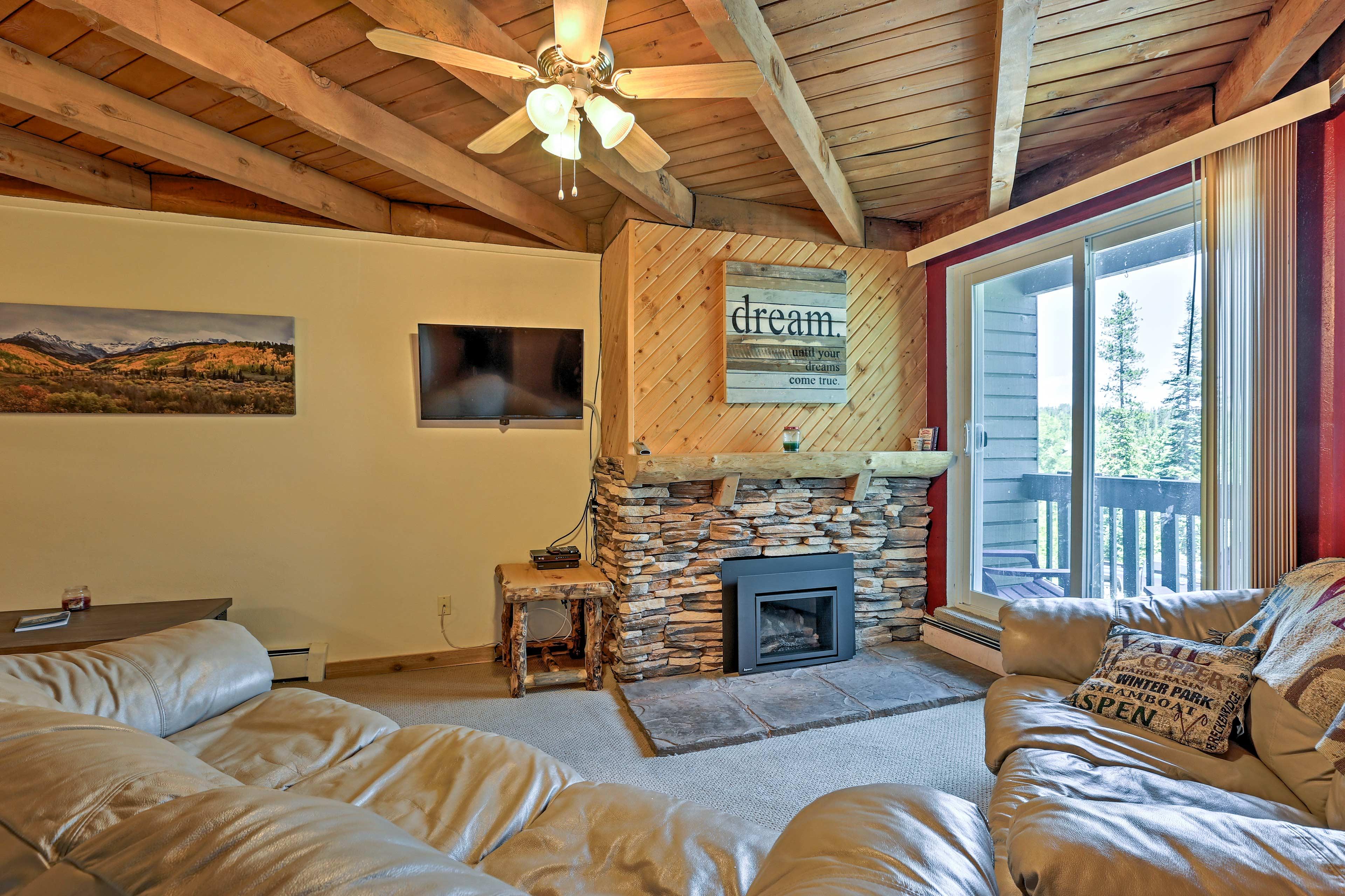 Book your Colorado Mountain trip to this 2-bedroom, 2-bath vacation rental!