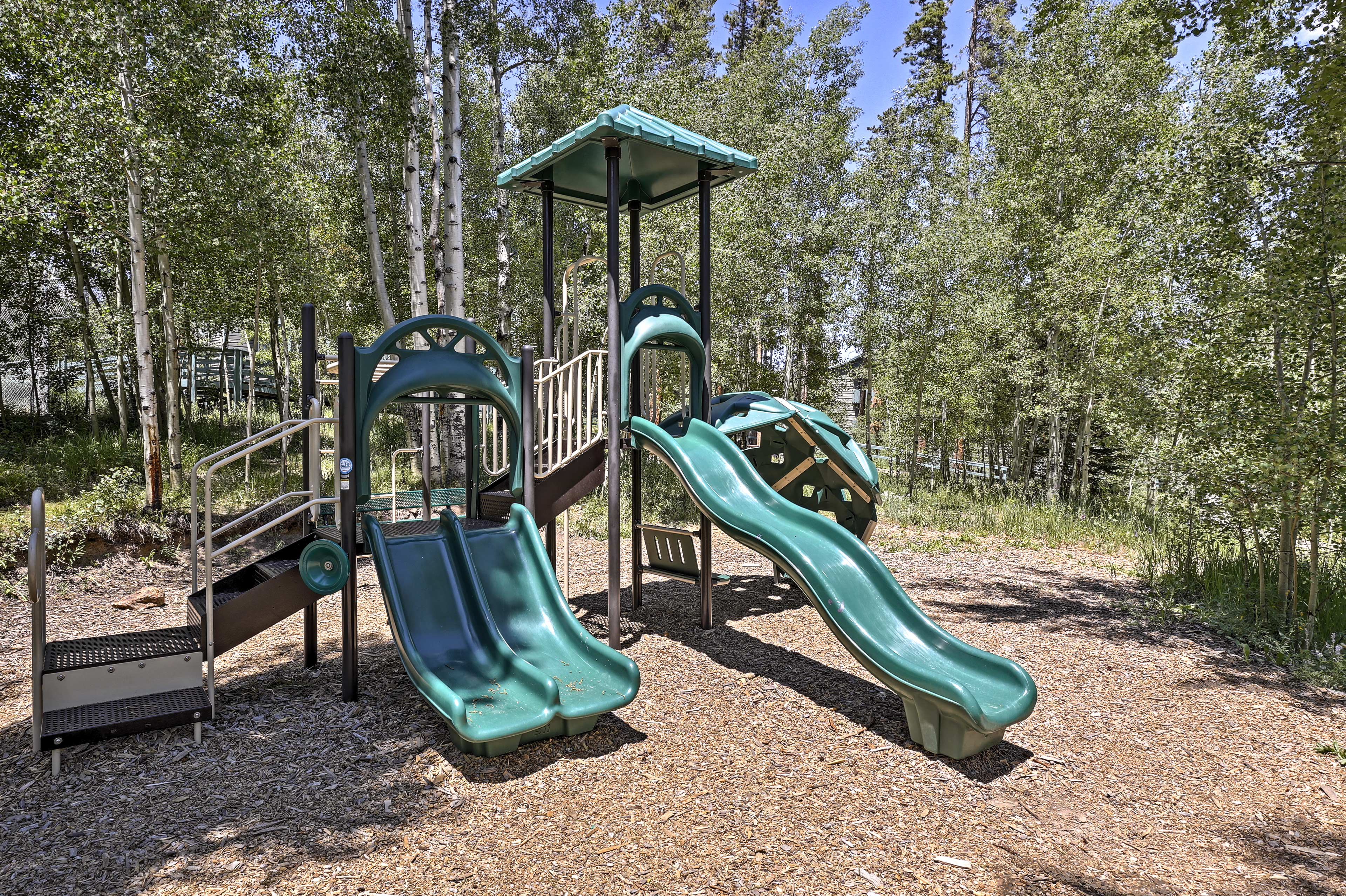 Let the kids enjoy themeselves on the playground.