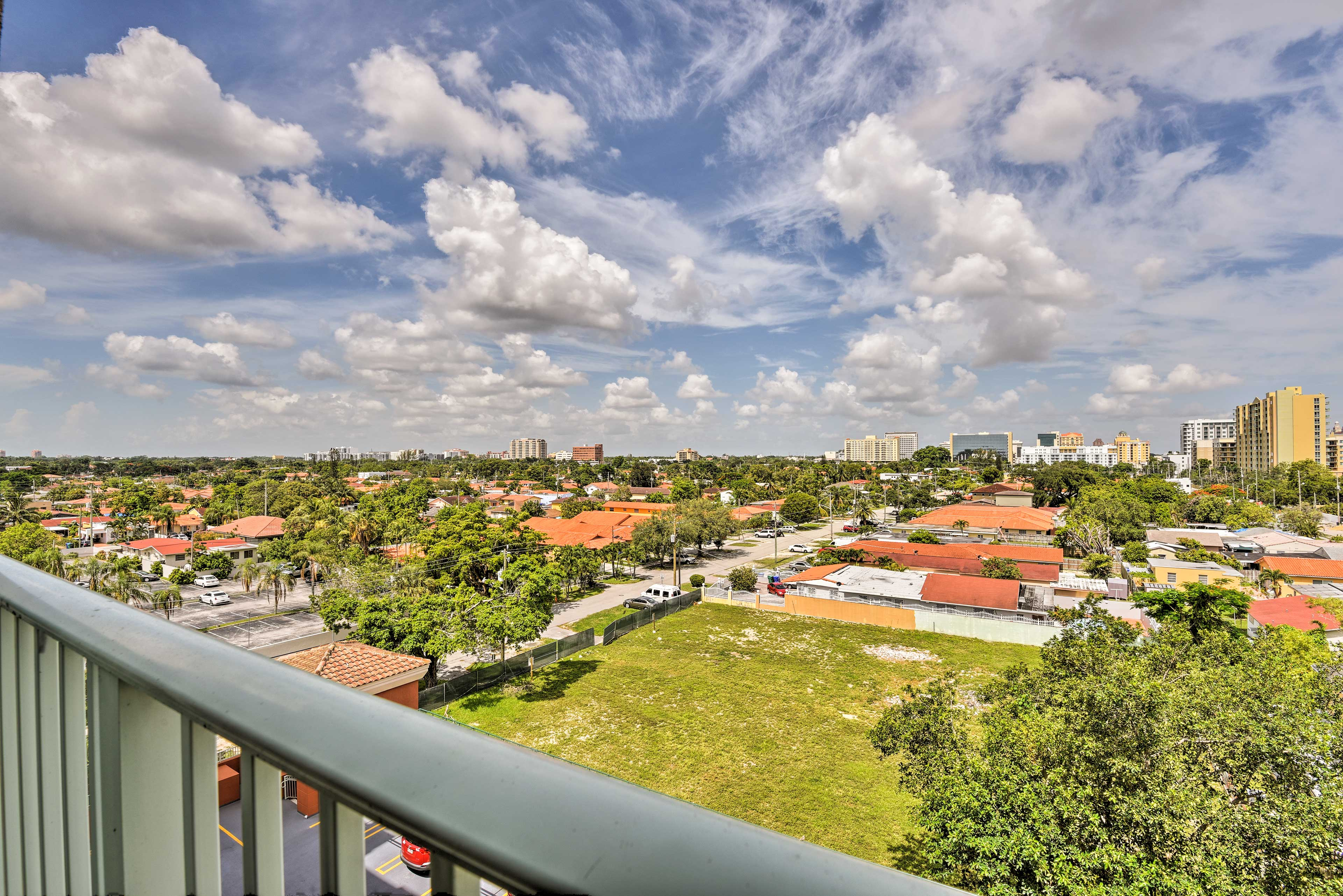 This 1-bedroom, 1-bath unit sleeps 4 and boasts scenic views of Coral Gables.