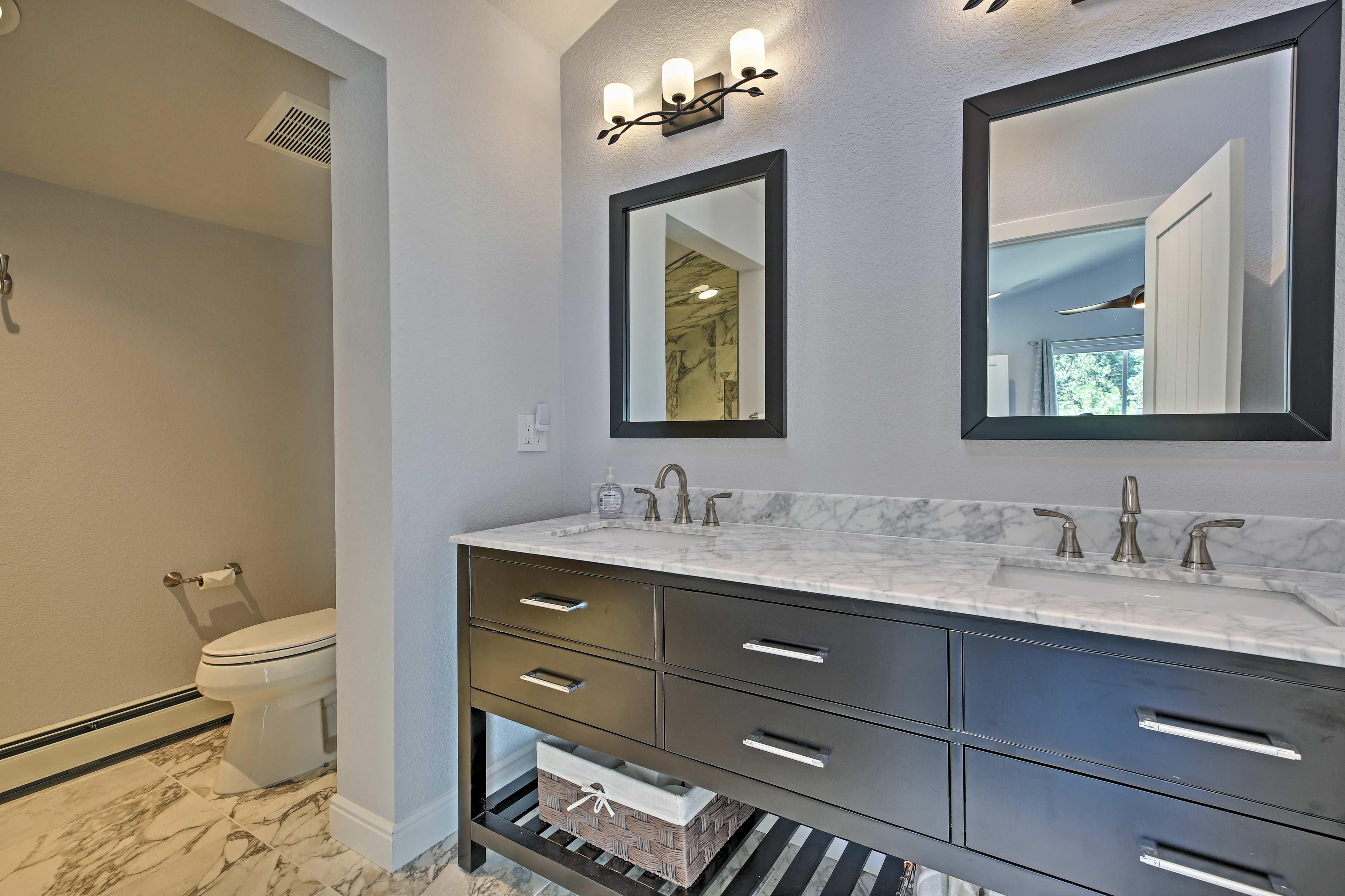 The bathroom is nothing short of immaculate.