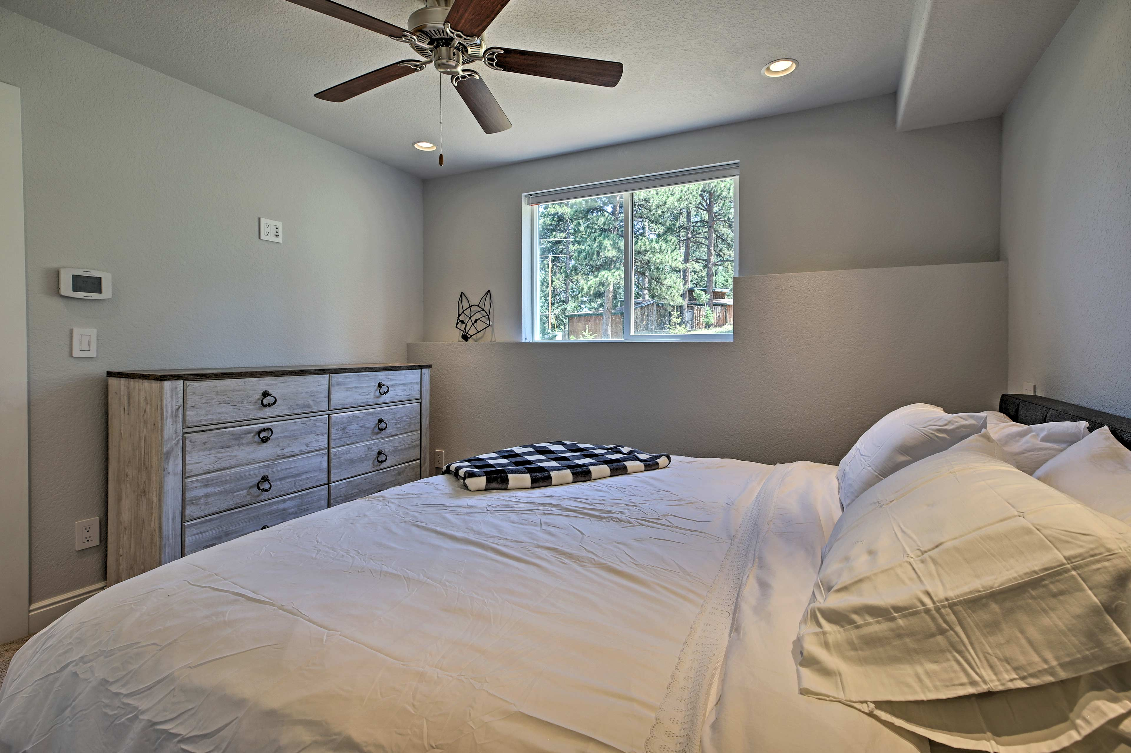A Queen hide-a-bed in the sunroom also offers space for 2 guests