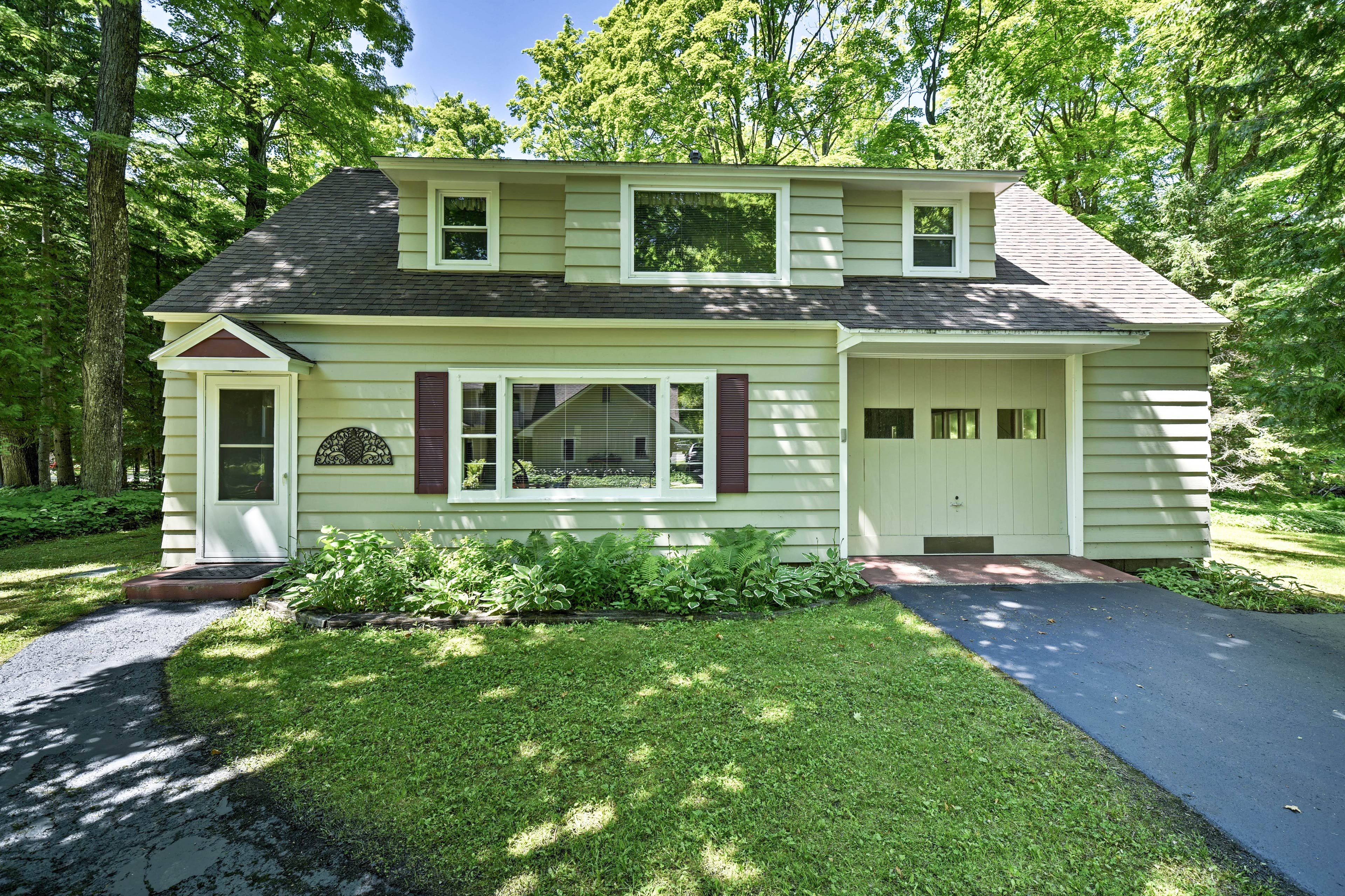 'The Carriage House' should be your new go-to retreat in Door County!