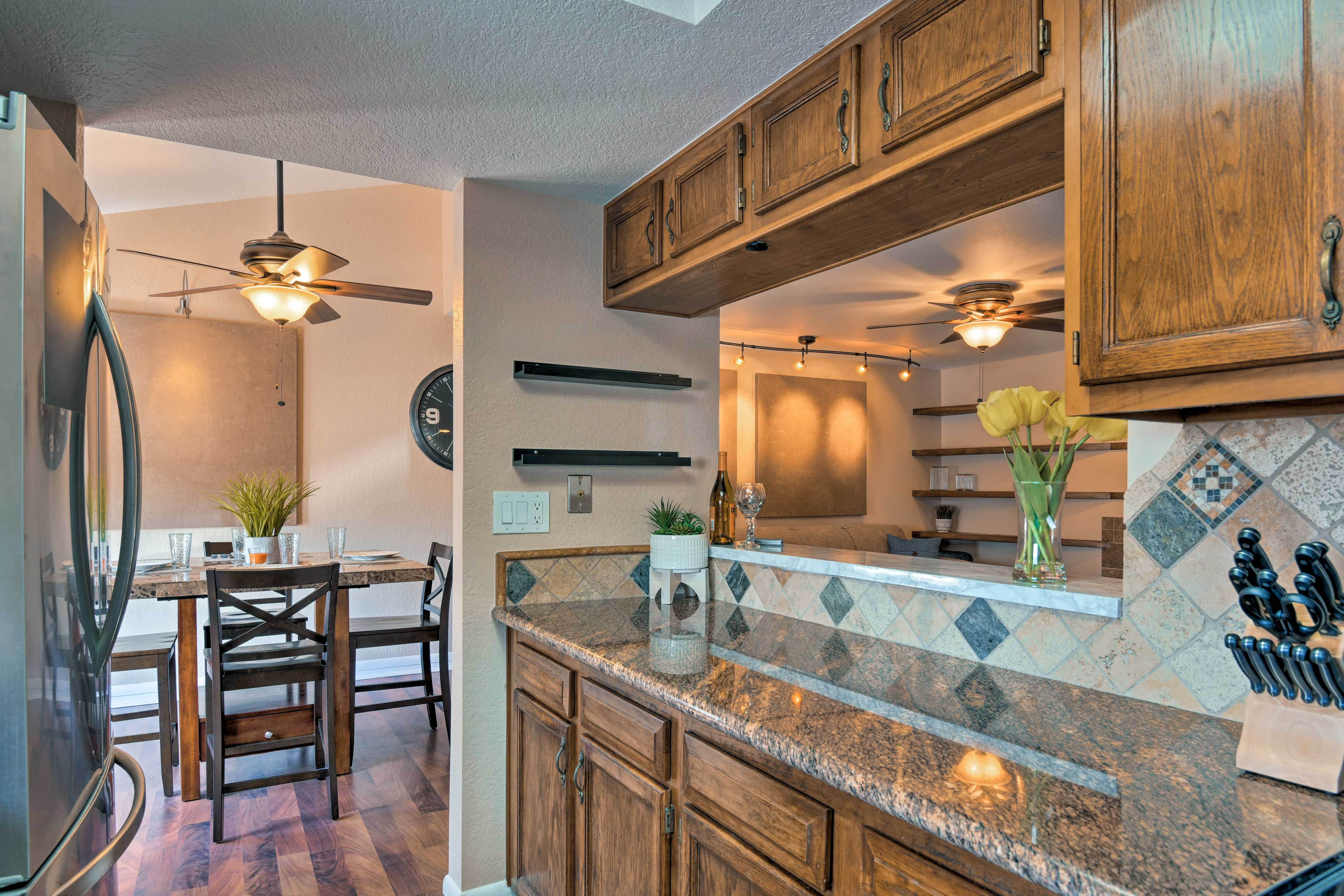 You'll have no trouble keeping everyone full and happy in this kitchen!