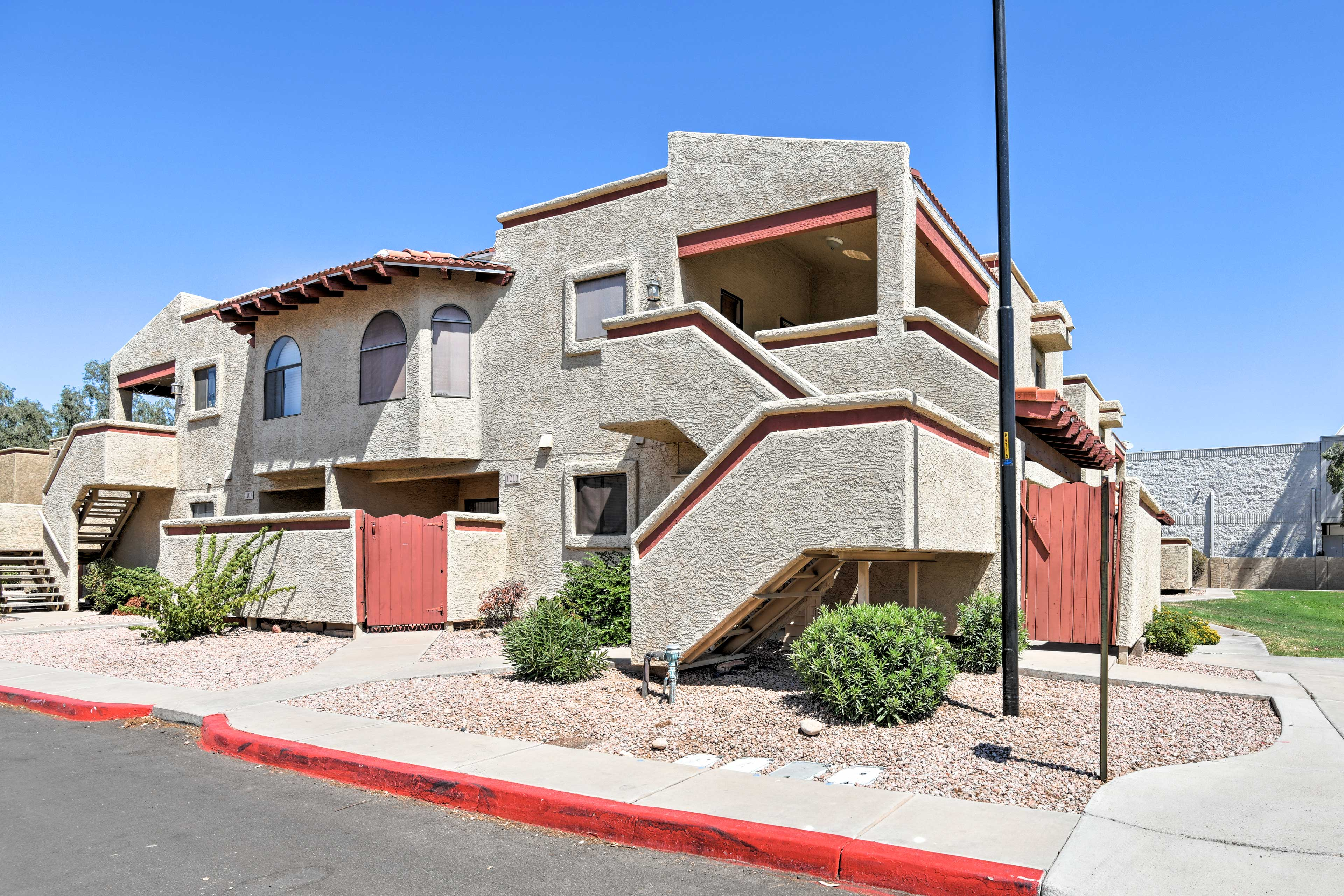 This is the perfect home base for all of your Tempe adventures!