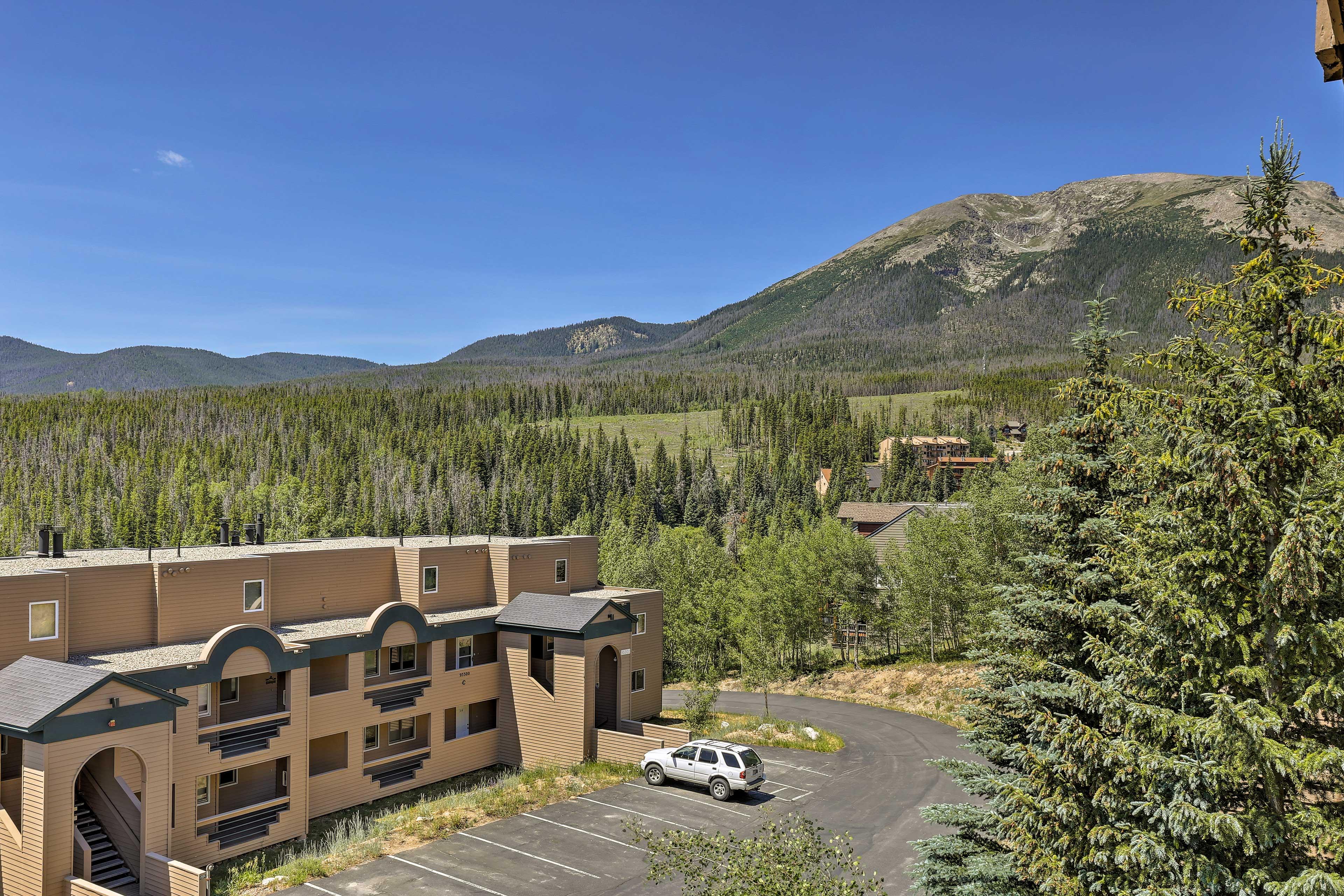 Dozens of ski resorts await just minutes away!