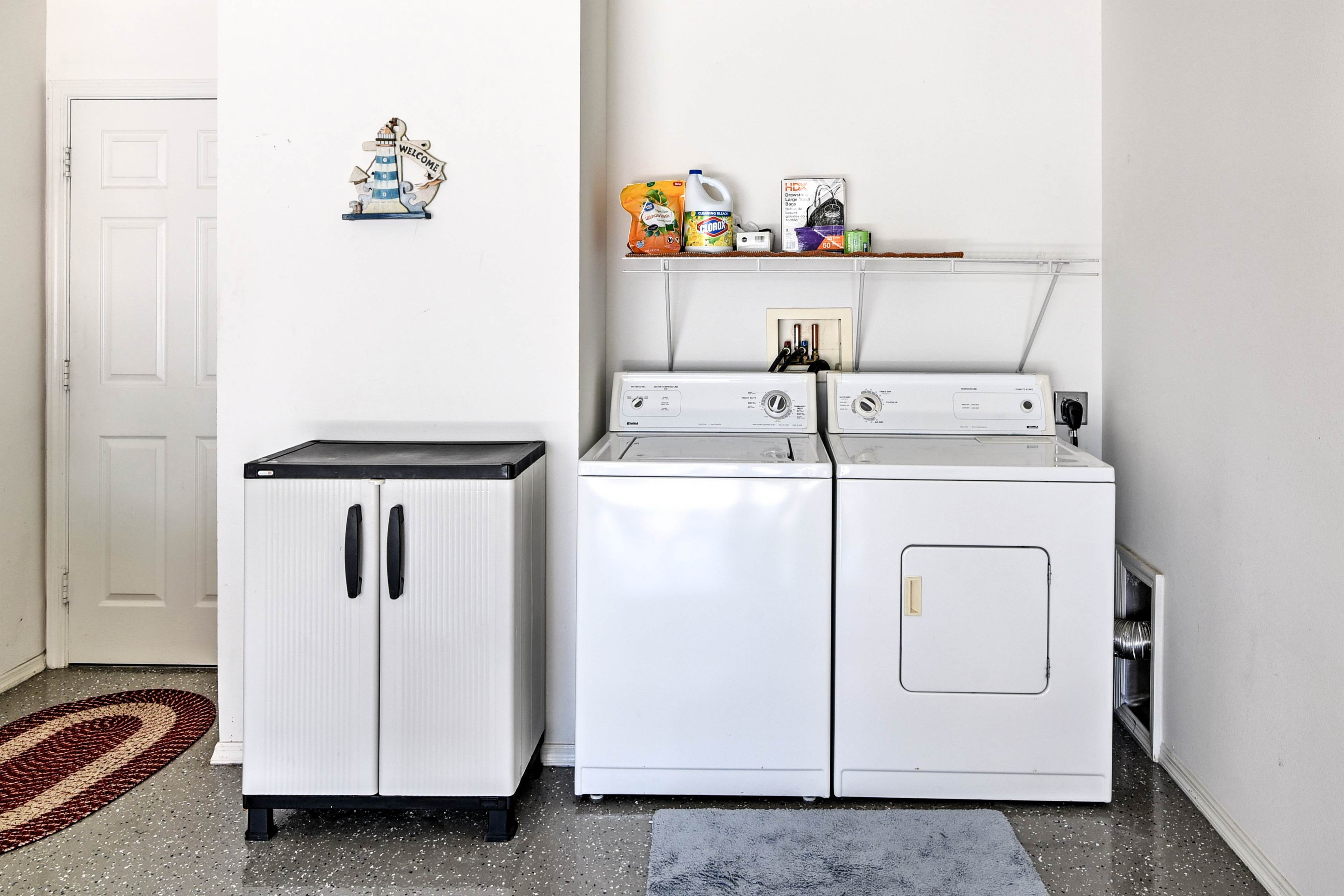 Keep your adventure gear fresh using the in-unit washing machine.