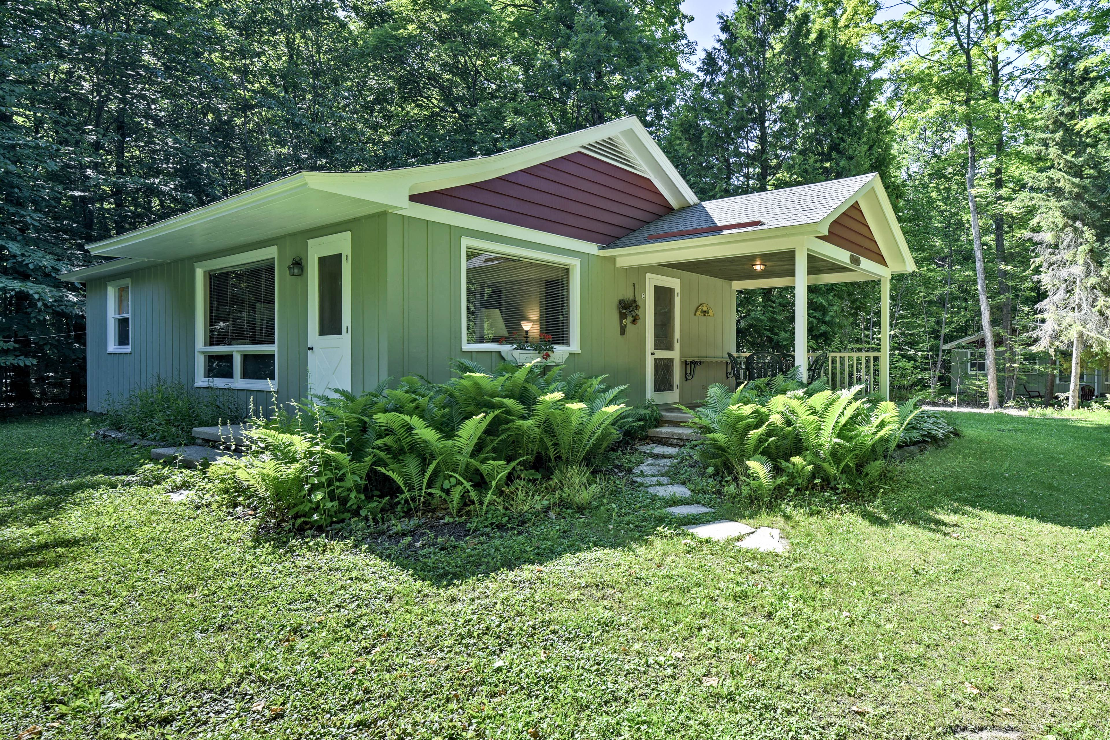 'Cherry Cottage' can be your new go-to retreat in Ephraim!