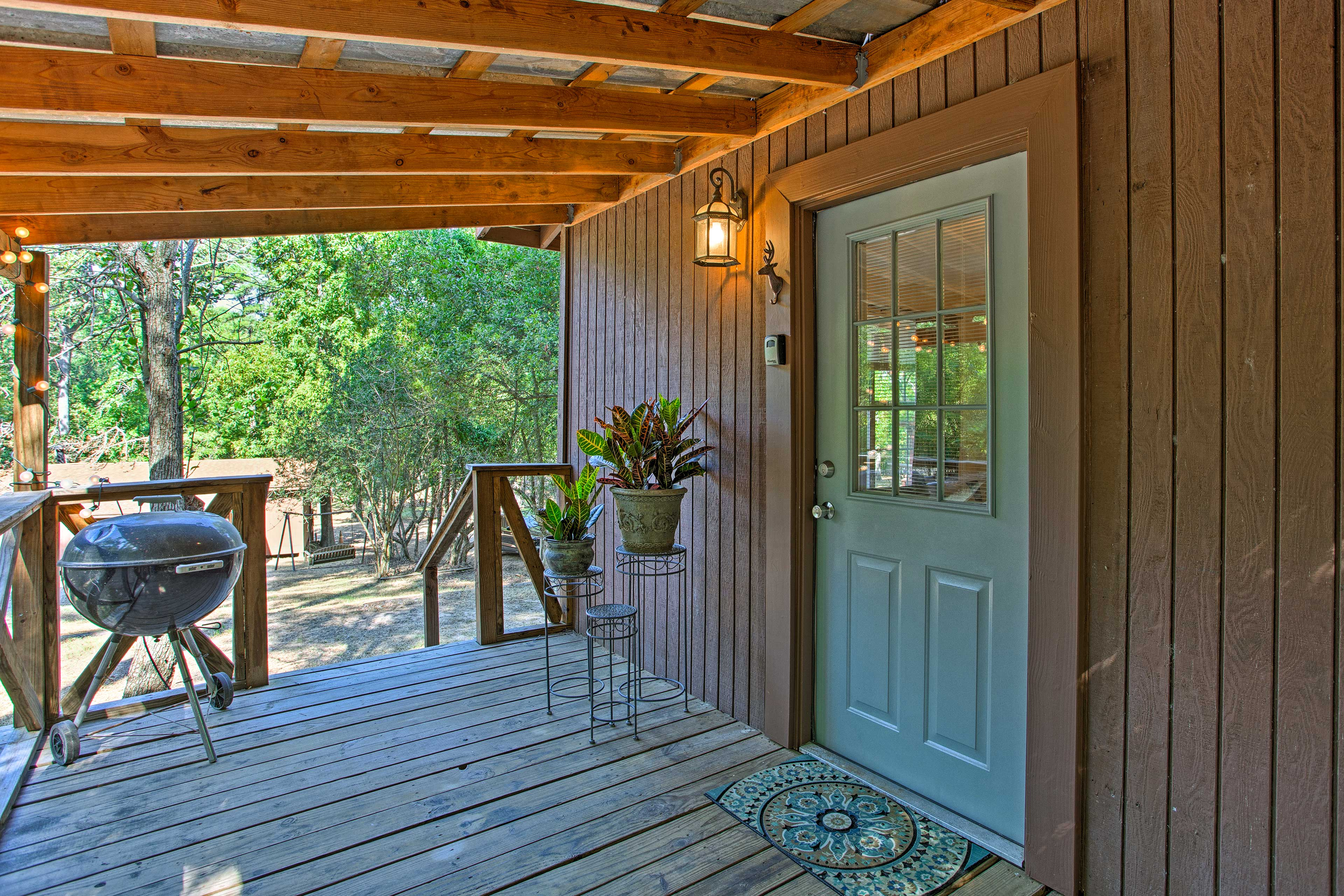 The vacation rental cabin includes a charcoal grill!