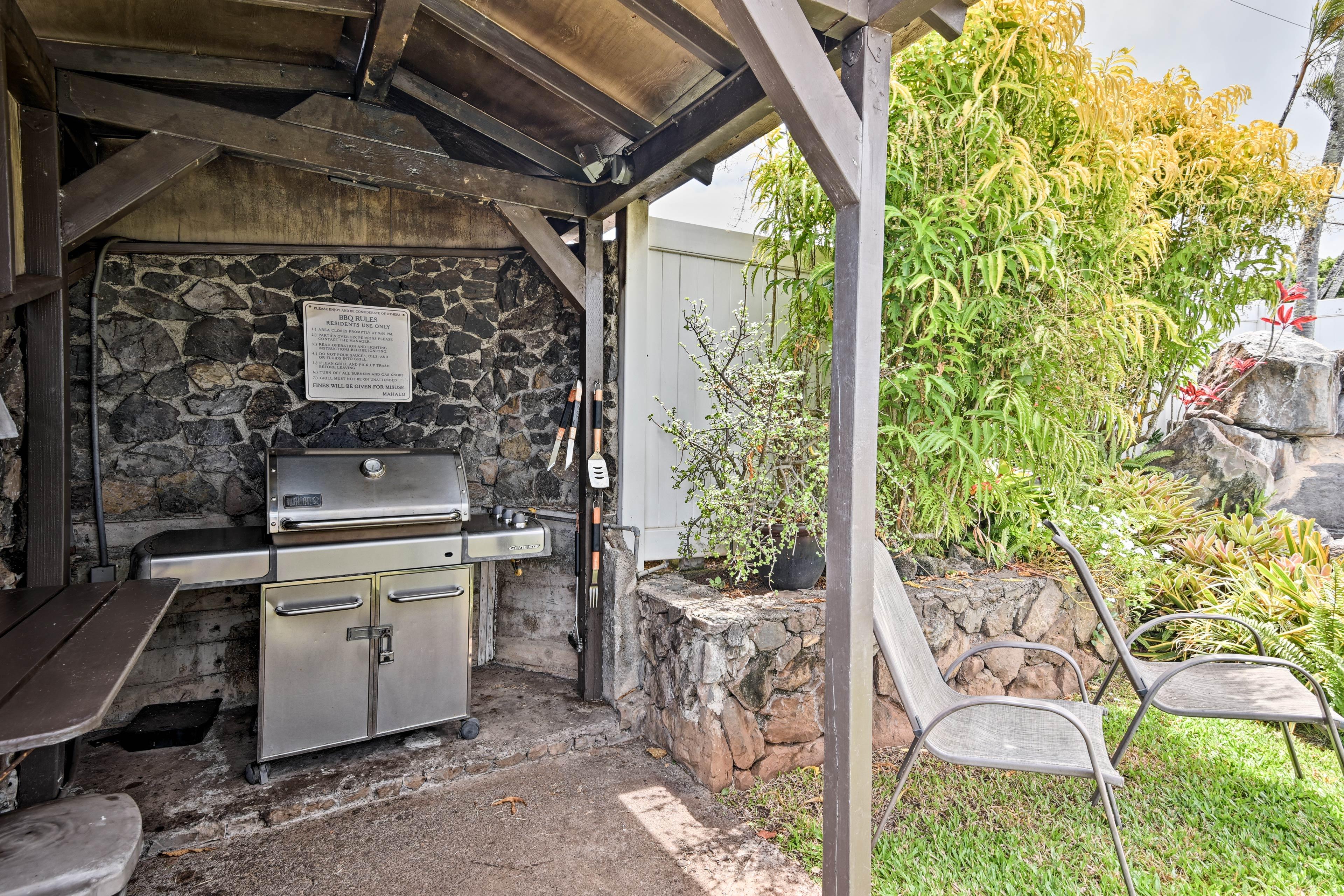 Take advantage of the gas grill to make some kalua pork!