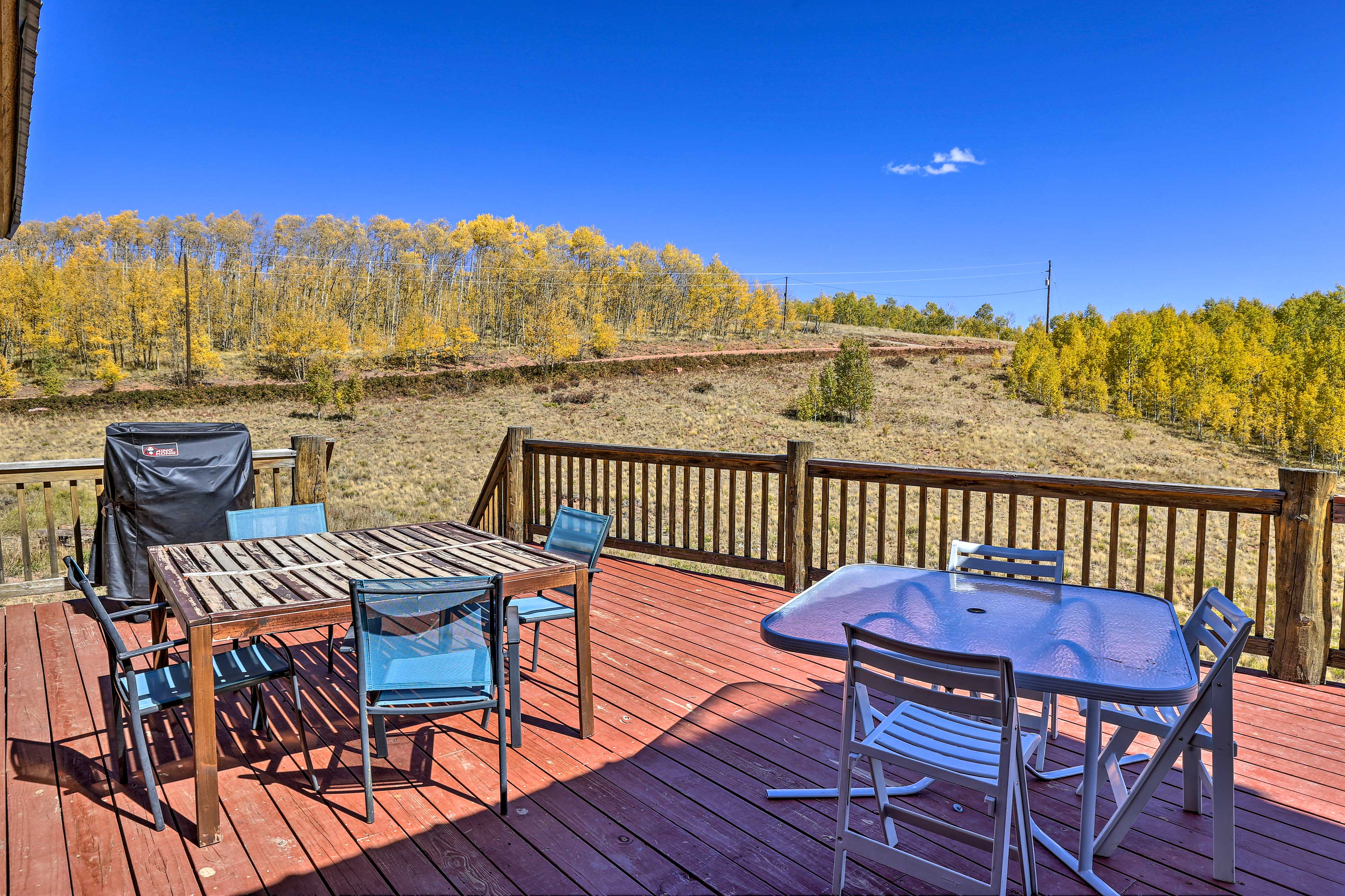 Kick off your vacation with a cookout on the expansive deck.