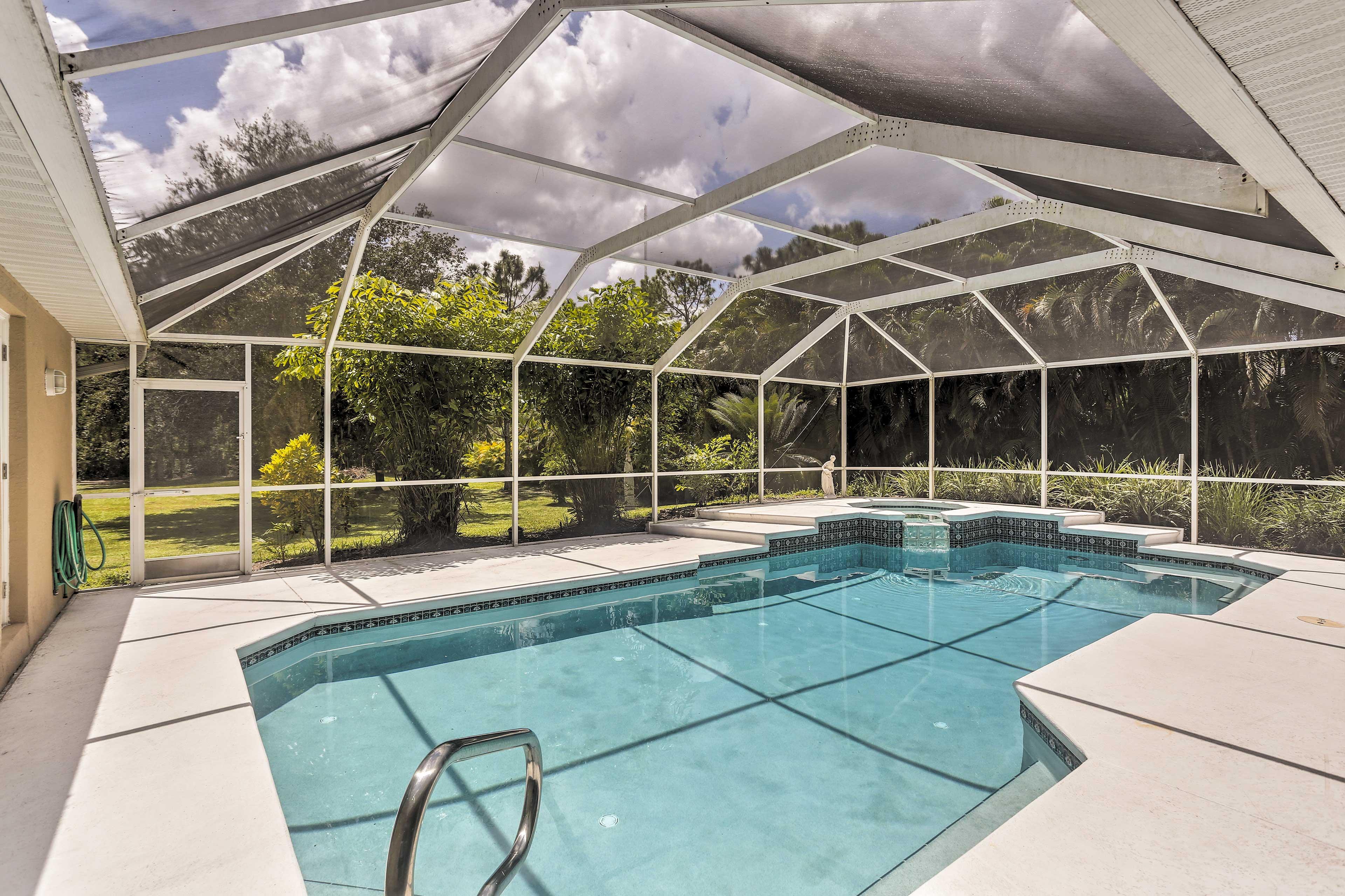 Private Screened Pool | Spa | Backyard