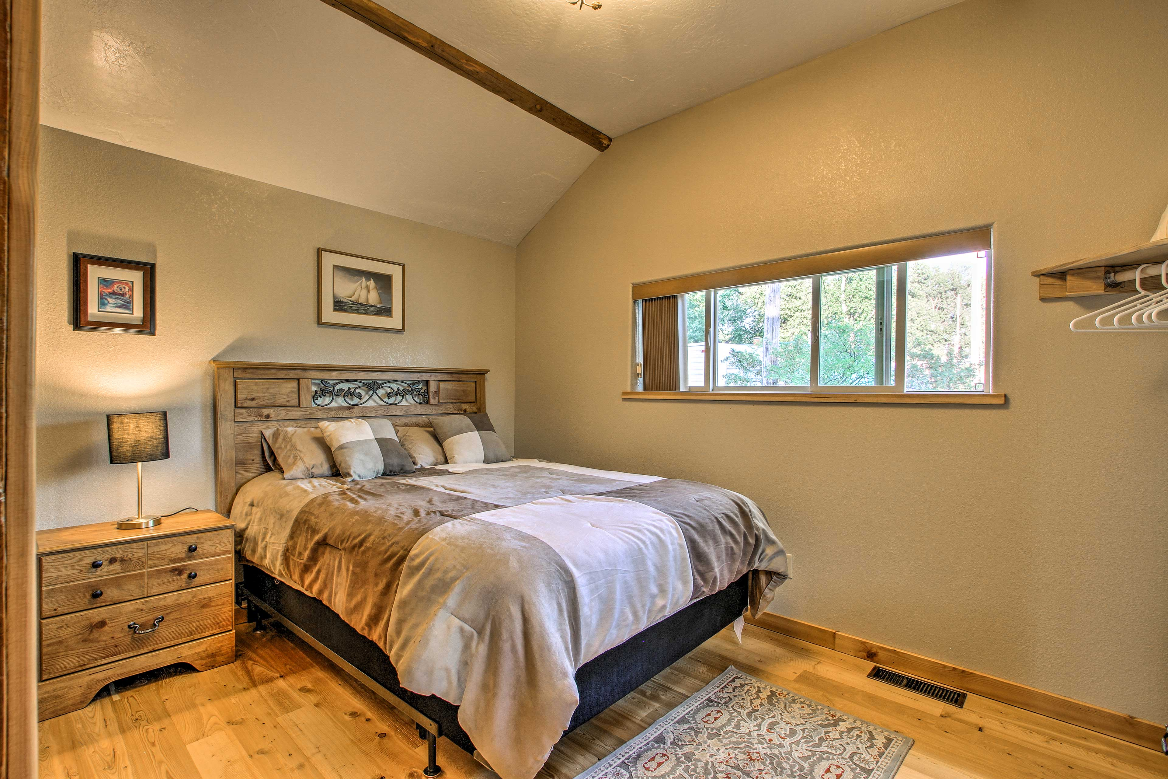 Rise and shine to plenty of natural sunlight!
