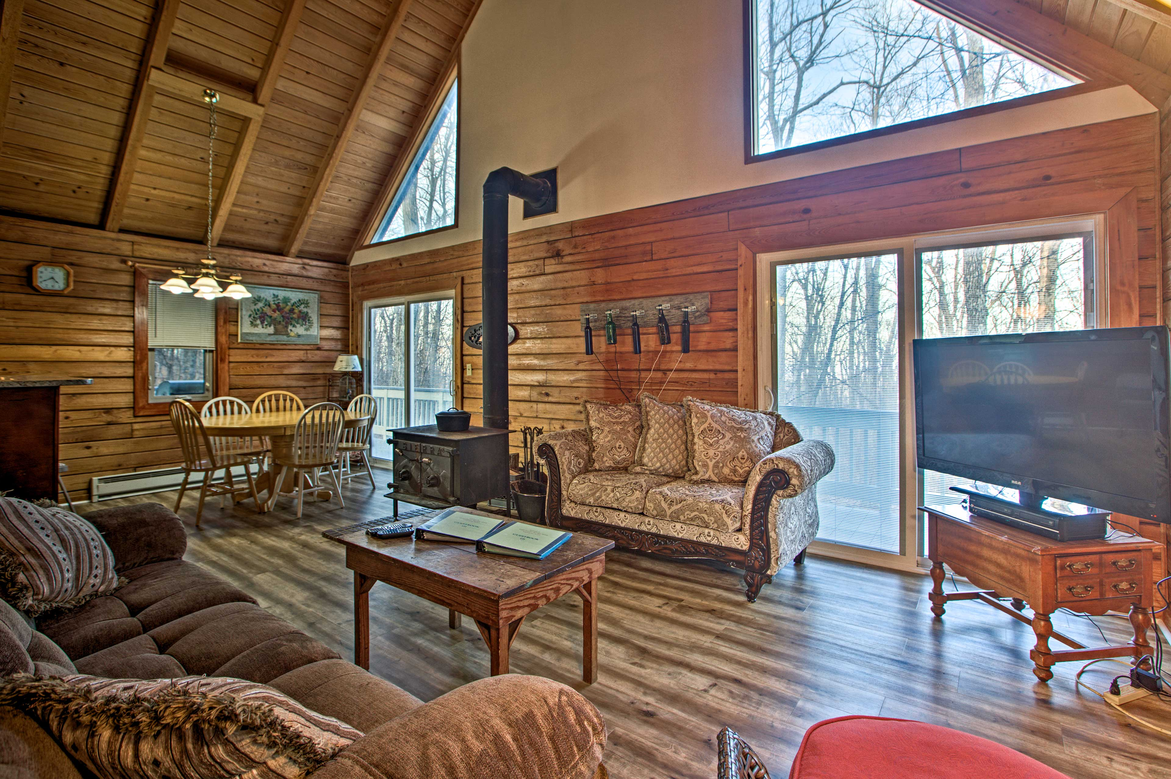 Wintergreen Vacation Rental   3BR   2BA   1,500 Sq Ft   Steps Required
