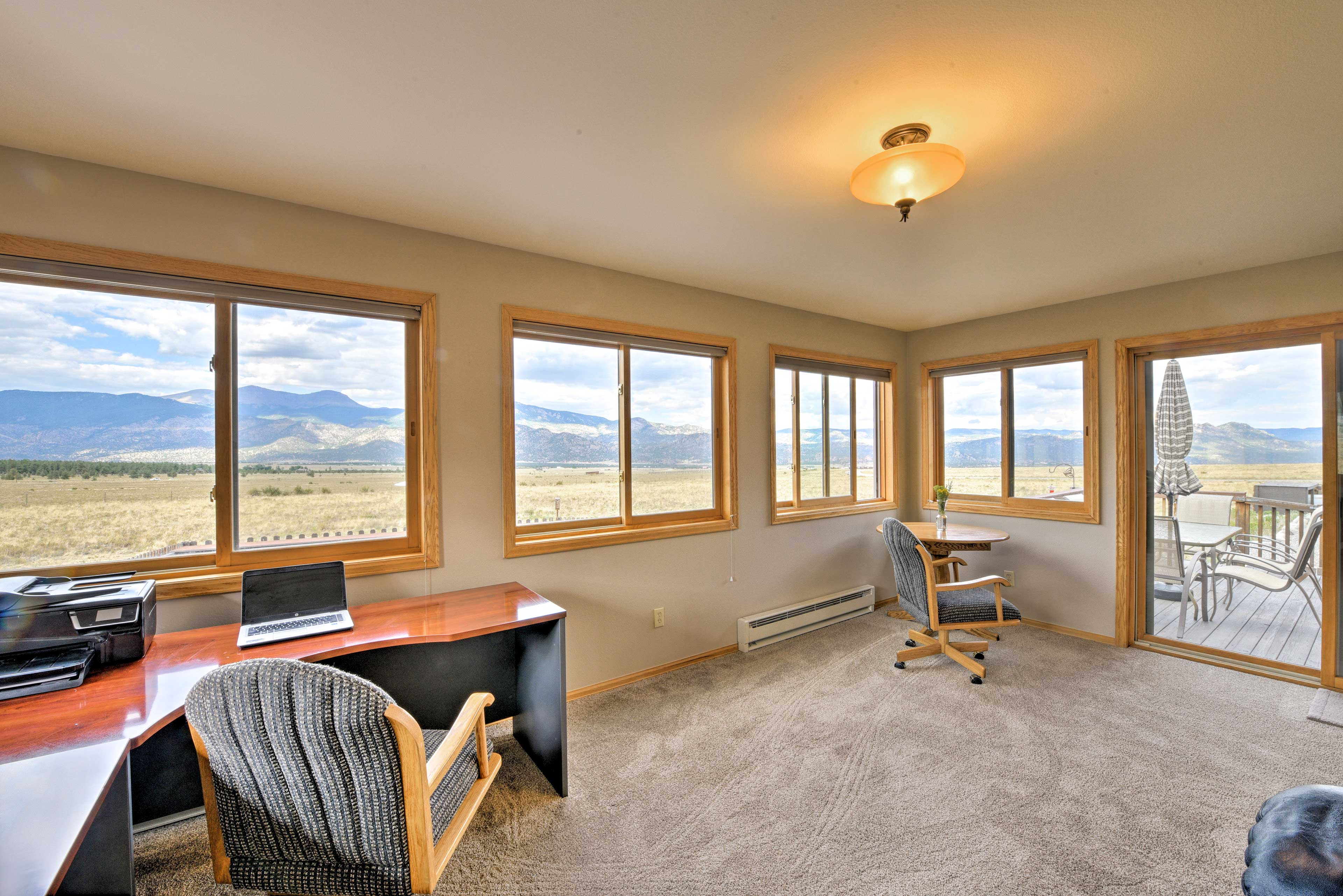 You won't be able to keep your eyes off these breathtaking mountain views!